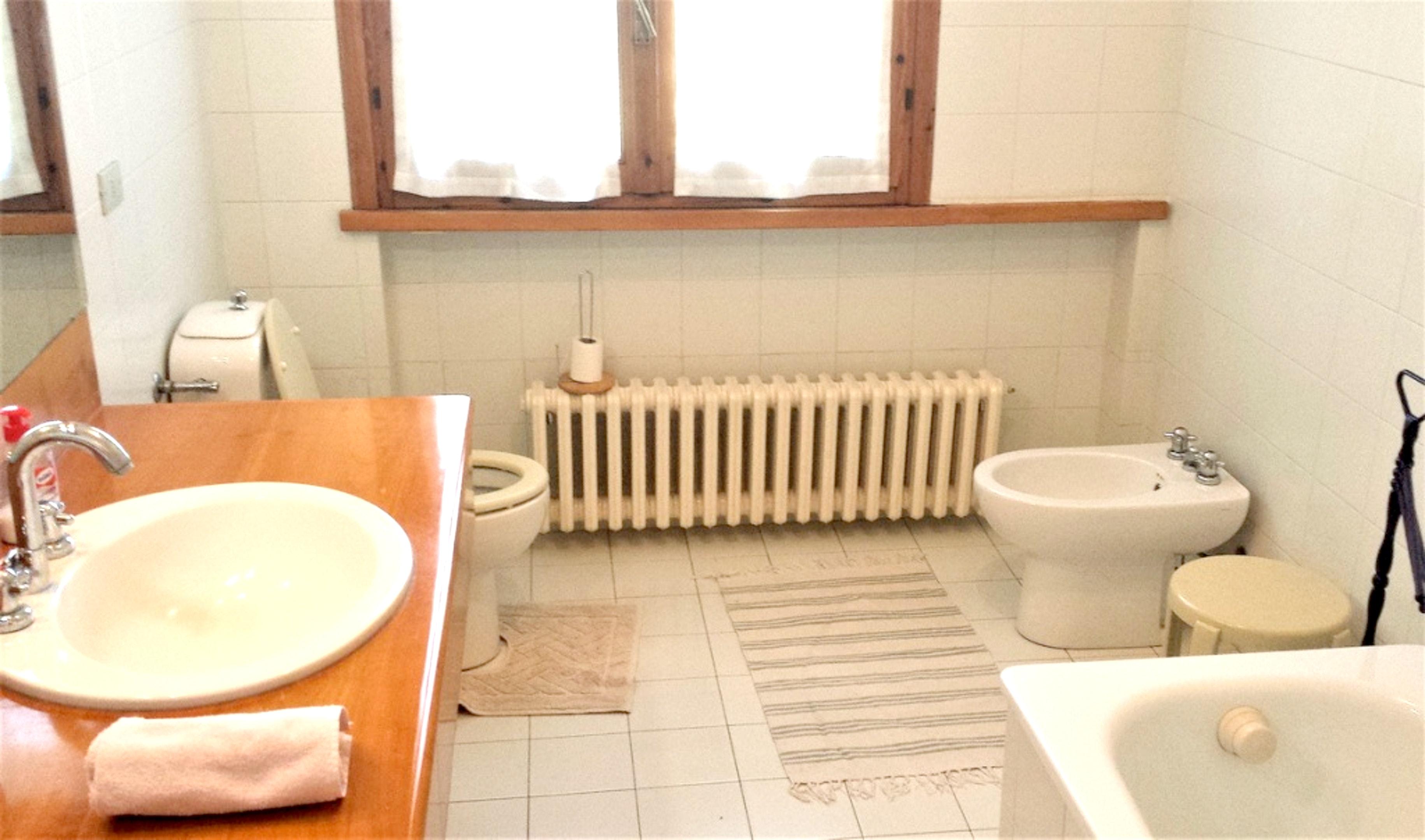 Ferienhaus Villa mit 5 Schlafzimmern in Pesaro mit privatem Pool, eingezäuntem Garten und W-LAN - 3 k (2202299), Pesaro, Pesaro und Urbino, Marken, Italien, Bild 13