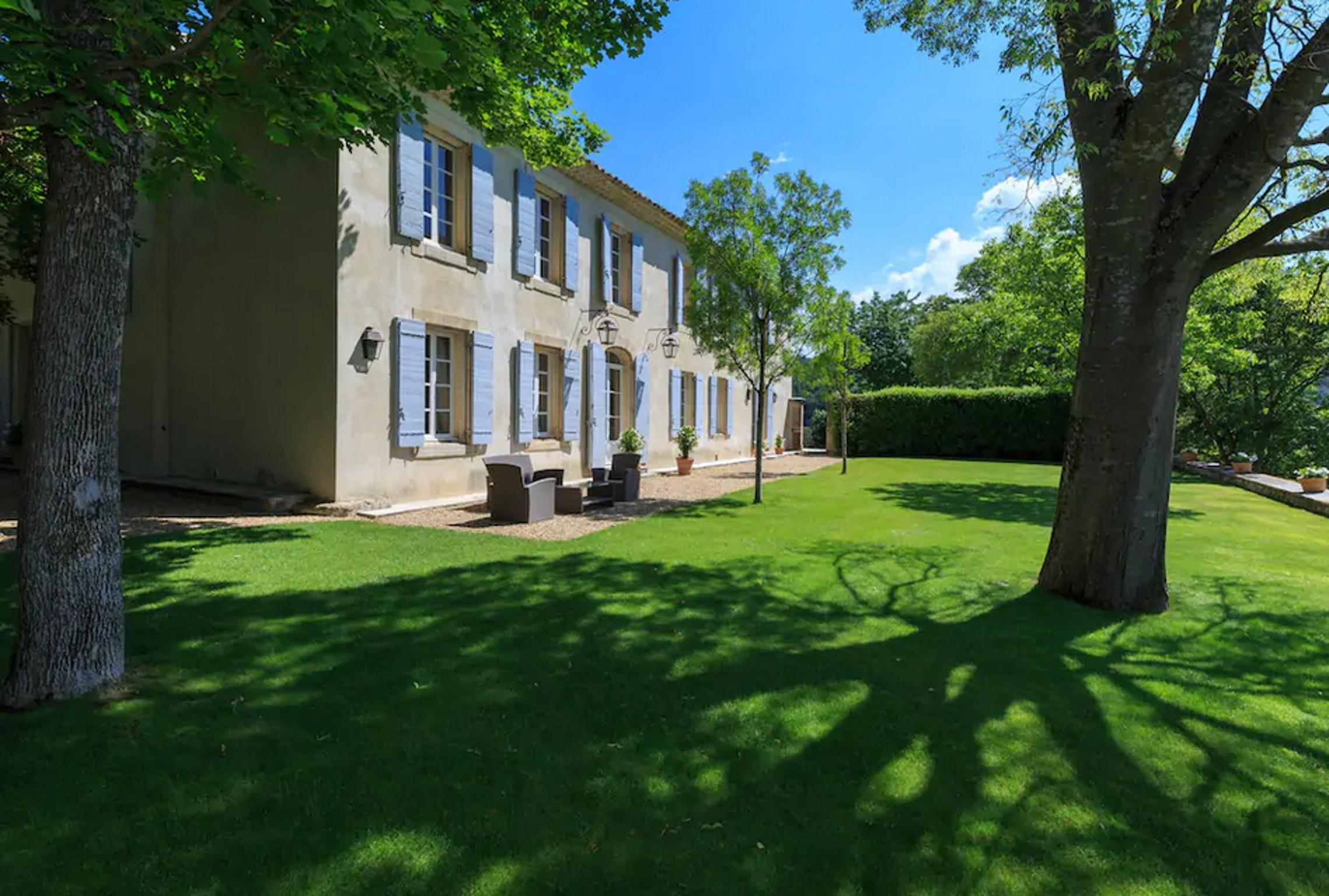 Maison de vacances Villa mit 6 Schlafzimmern in L'Isle-sur-la-Sorgue mit privatem Pool, möbliertem Garten und (2647203), L'Isle sur la Sorgue, Vaucluse, Provence - Alpes - Côte d'Azur, France, image 52