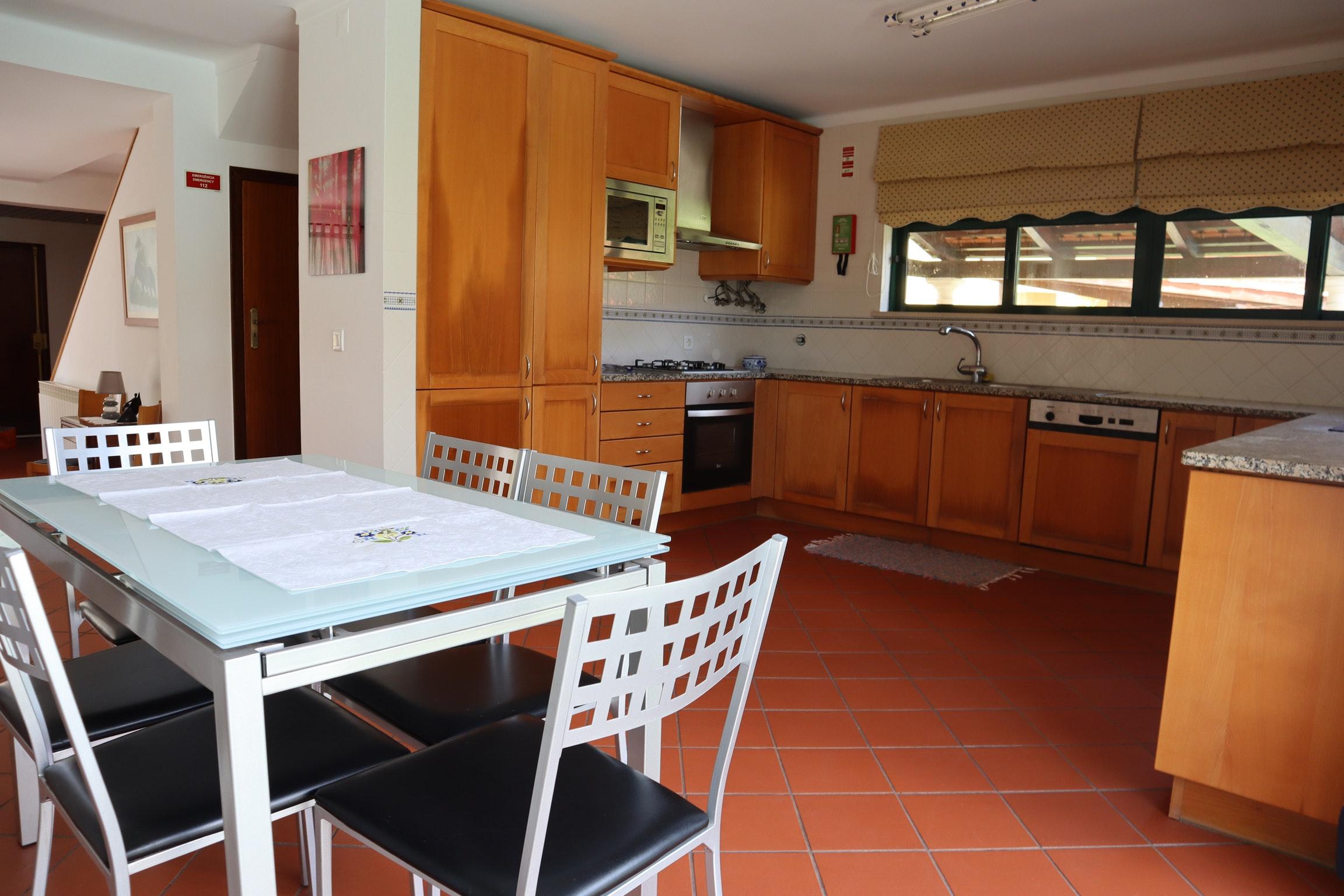 Ferienhaus Villa mit 4 Schlafzimmern in Praia de Mira mit privatem Pool, eingezäuntem Garten und W-LA (2623071), Praia de Mira, Costa de Prata, Zentral-Portugal, Portugal, Bild 3