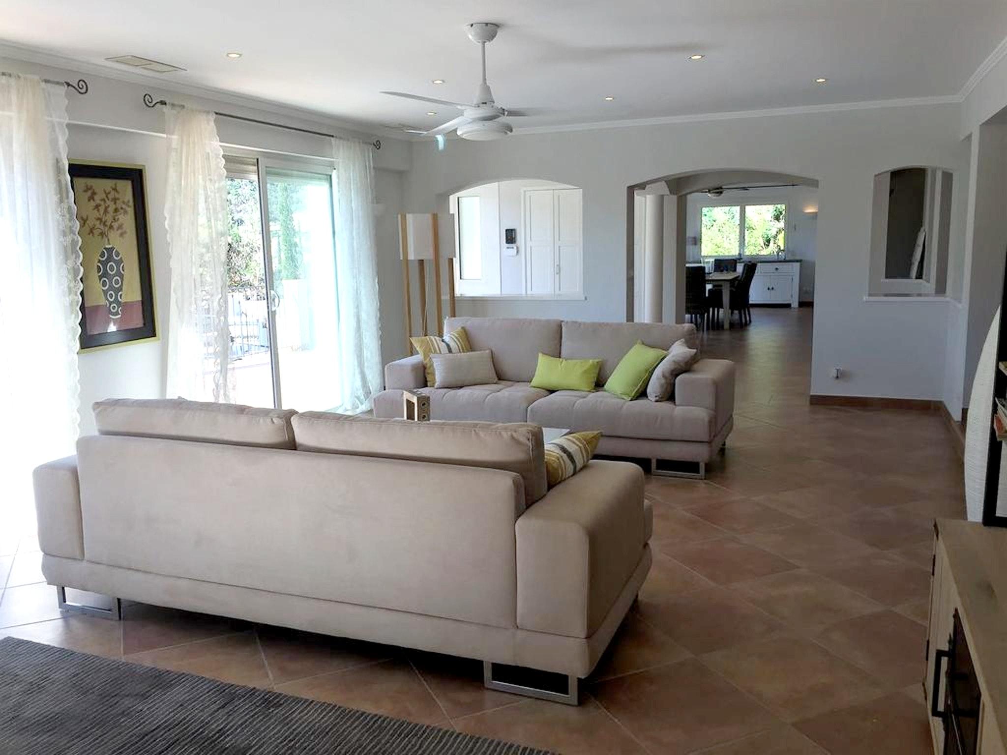Maison de vacances Villa mit 5 Schlafzimmern in Rayol-Canadel-sur-Mer mit toller Aussicht auf die Berge, priv (2201555), Le Lavandou, Côte d'Azur, Provence - Alpes - Côte d'Azur, France, image 6