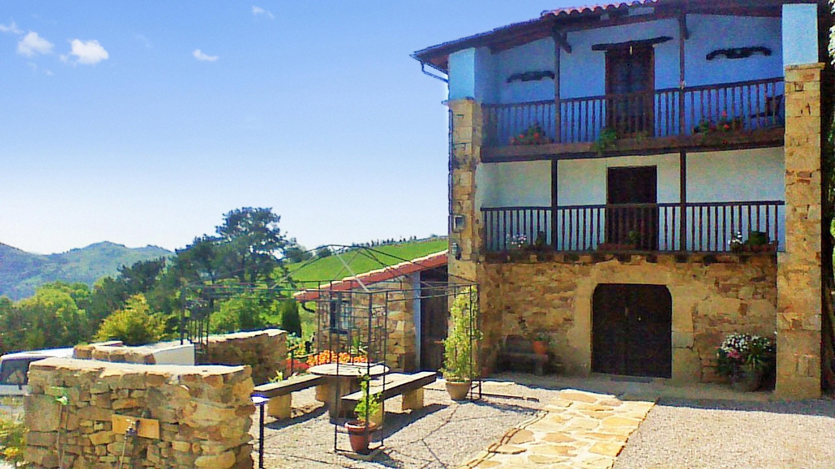 Holiday house Großes Haus in Ampuero mit vier Schlafzimmern und herrlichem Bergblick! (2201236), Ampuero, , Cantabria, Spain, picture 17