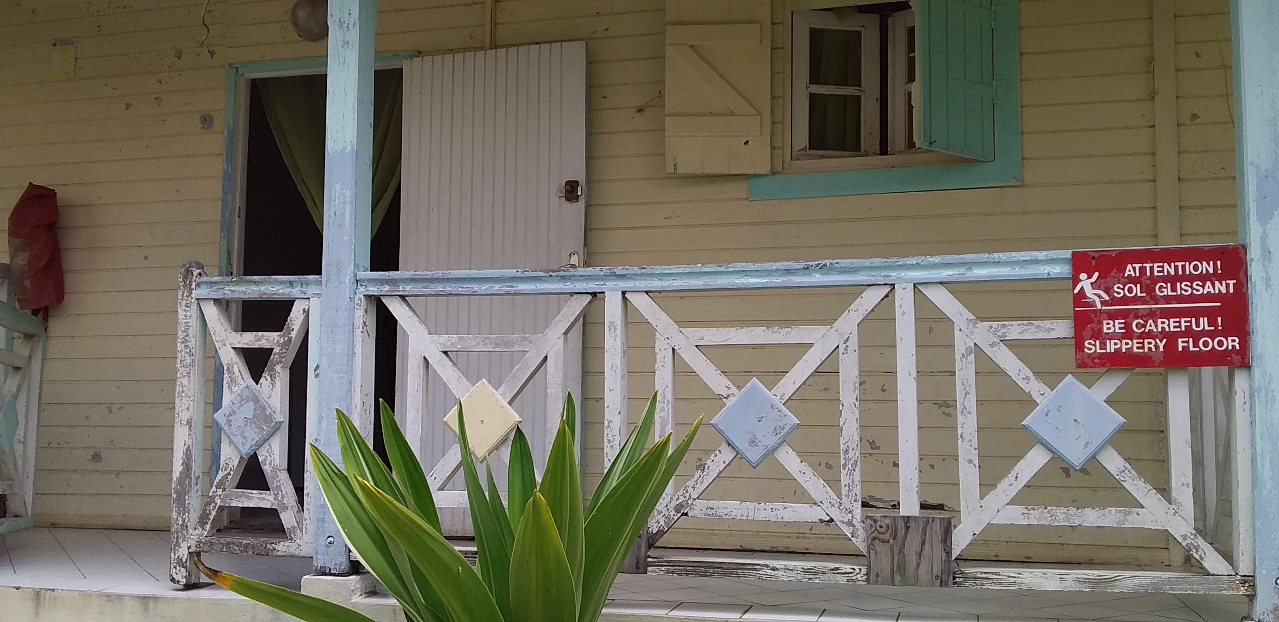 Bungalow mit einem Schlafzimmer in Capesterre-Bell Hütte in Guadeloupe