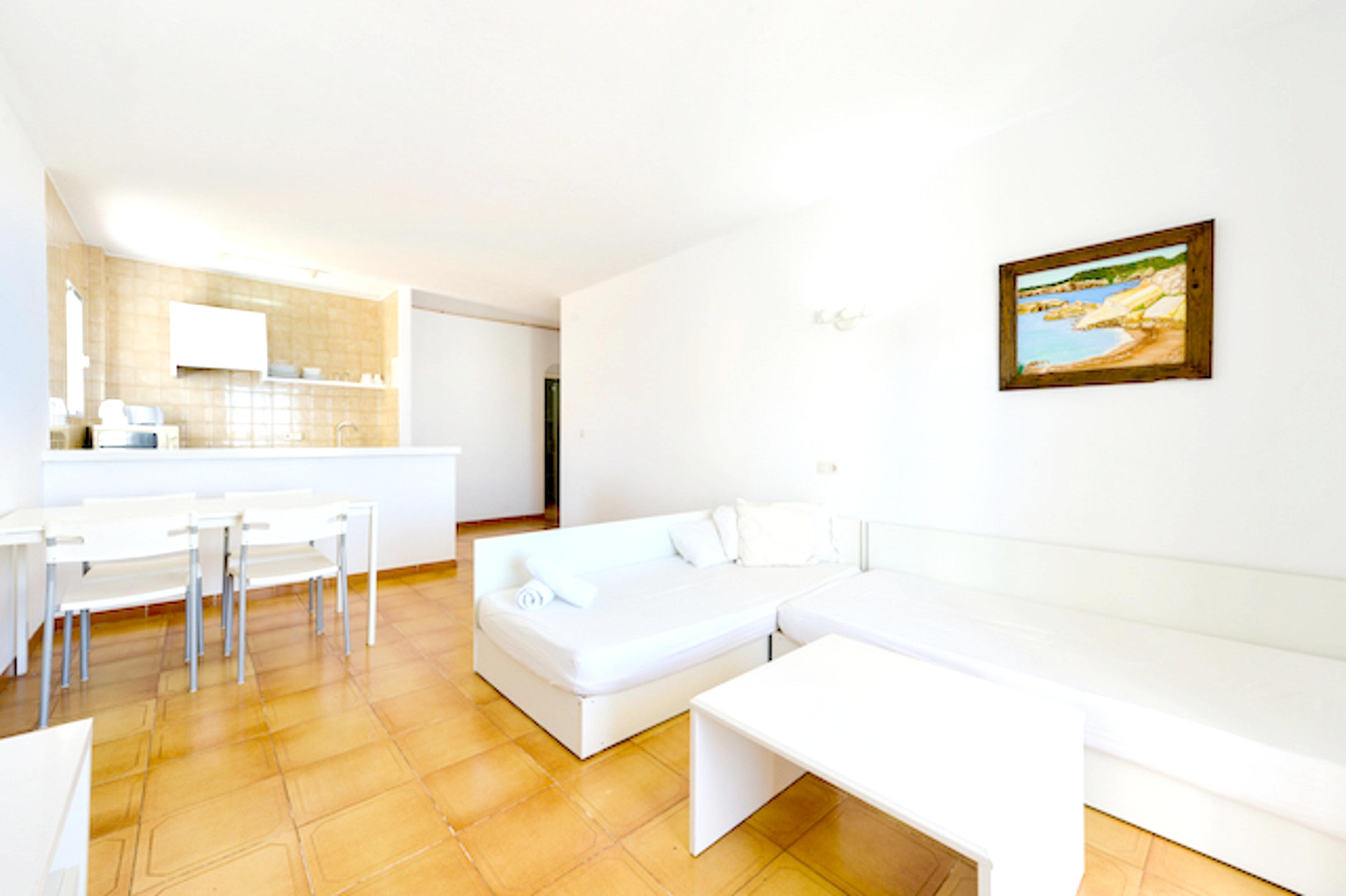 Wohnung mit einem Schlafzimmer in Sant Josep de sa Talaia mit herrlichem Meerblick Pool möbliertem Balkon