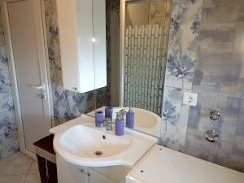 Ferienwohnung Wohnung mit einem Schlafzimmer in Beliae mit möbliertem Garten und W-LAN (2339836), Belisce, , Slawonien, Kroatien, Bild 2