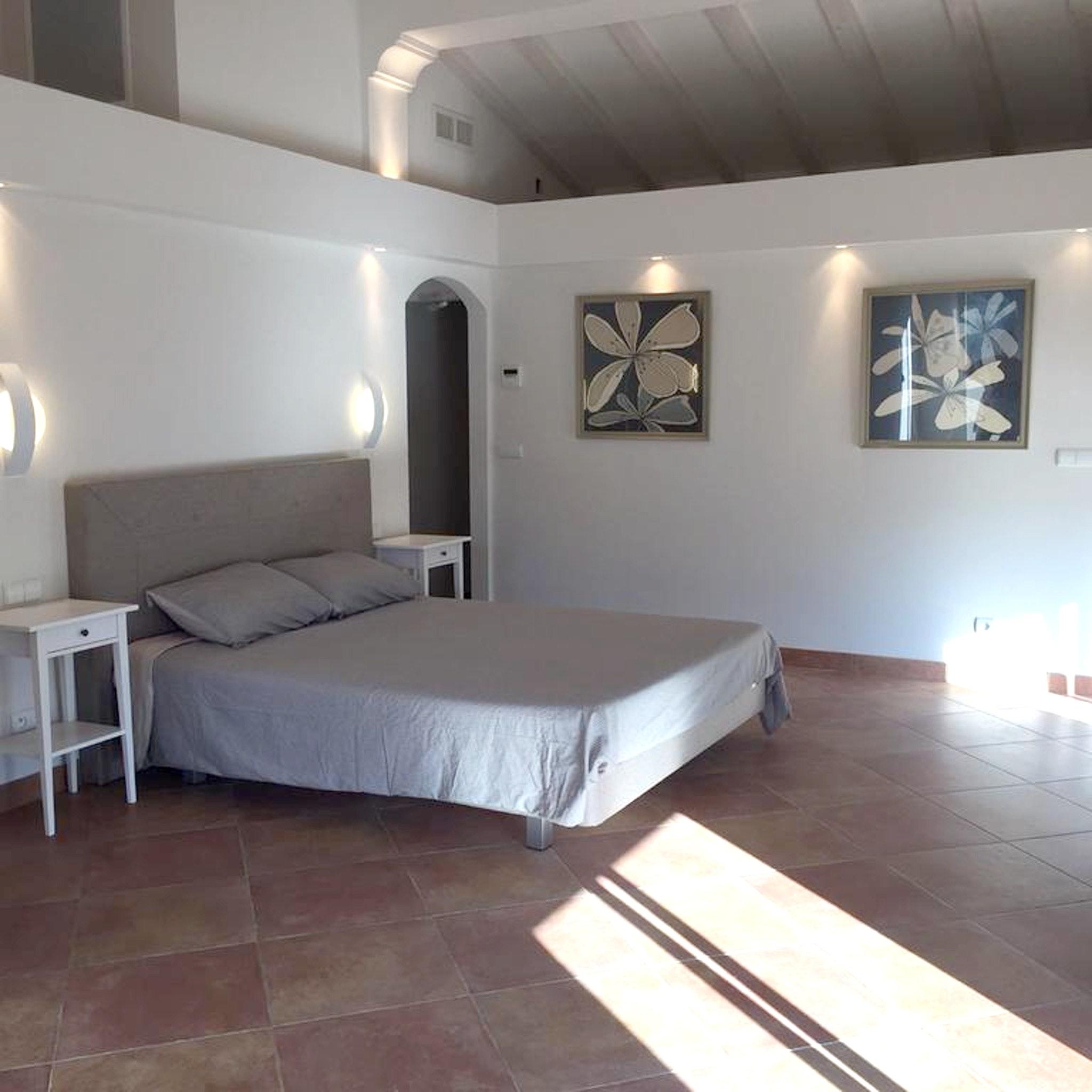 Maison de vacances Villa mit 5 Schlafzimmern in Rayol-Canadel-sur-Mer mit toller Aussicht auf die Berge, priv (2201555), Le Lavandou, Côte d'Azur, Provence - Alpes - Côte d'Azur, France, image 14