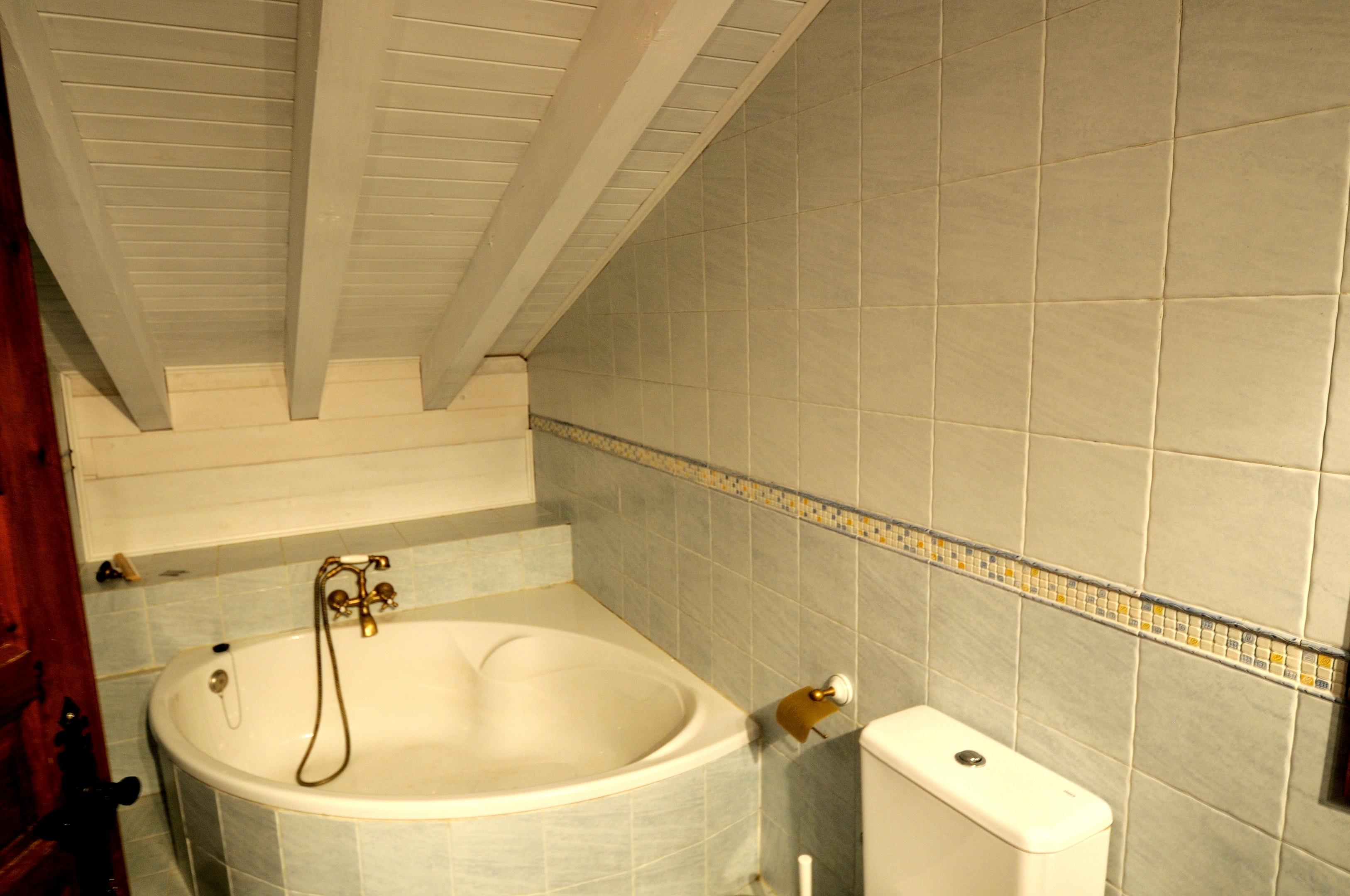 Ferienhaus Haus mit 3 Schlafzimmern in Albuerne mit eingezäuntem Garten - 6 km vom Strand entfernt (2208400), Albuerne, Costa Verde (ES), Asturien, Spanien, Bild 17
