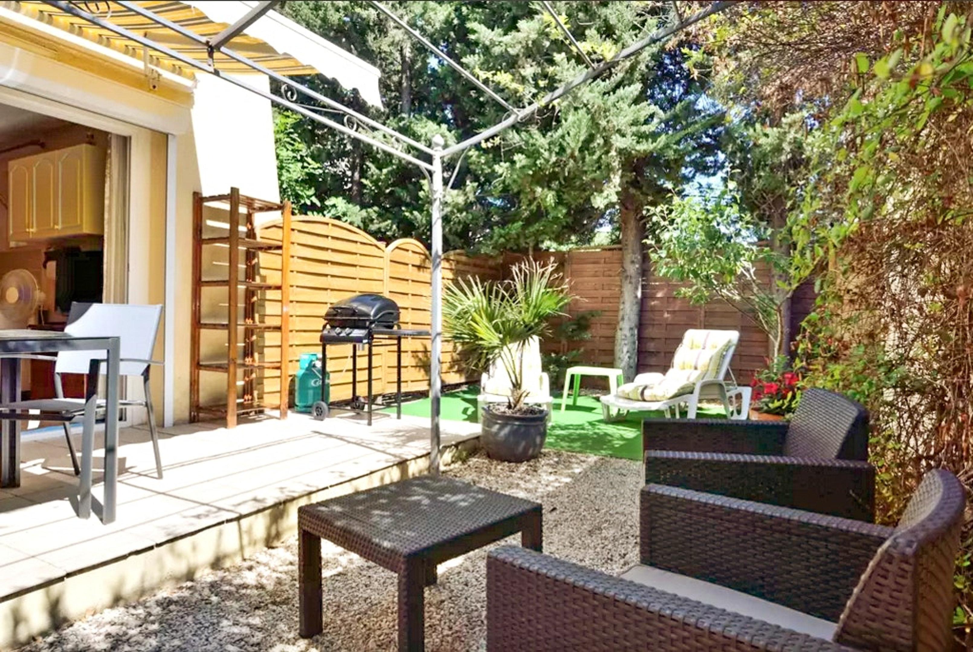 Holiday apartment Wohnung mit einem Schlafzimmer in Fréjus mit eingezäuntem Garten und W-LAN (2202409), Fréjus, Côte d'Azur, Provence - Alps - Côte d'Azur, France, picture 3