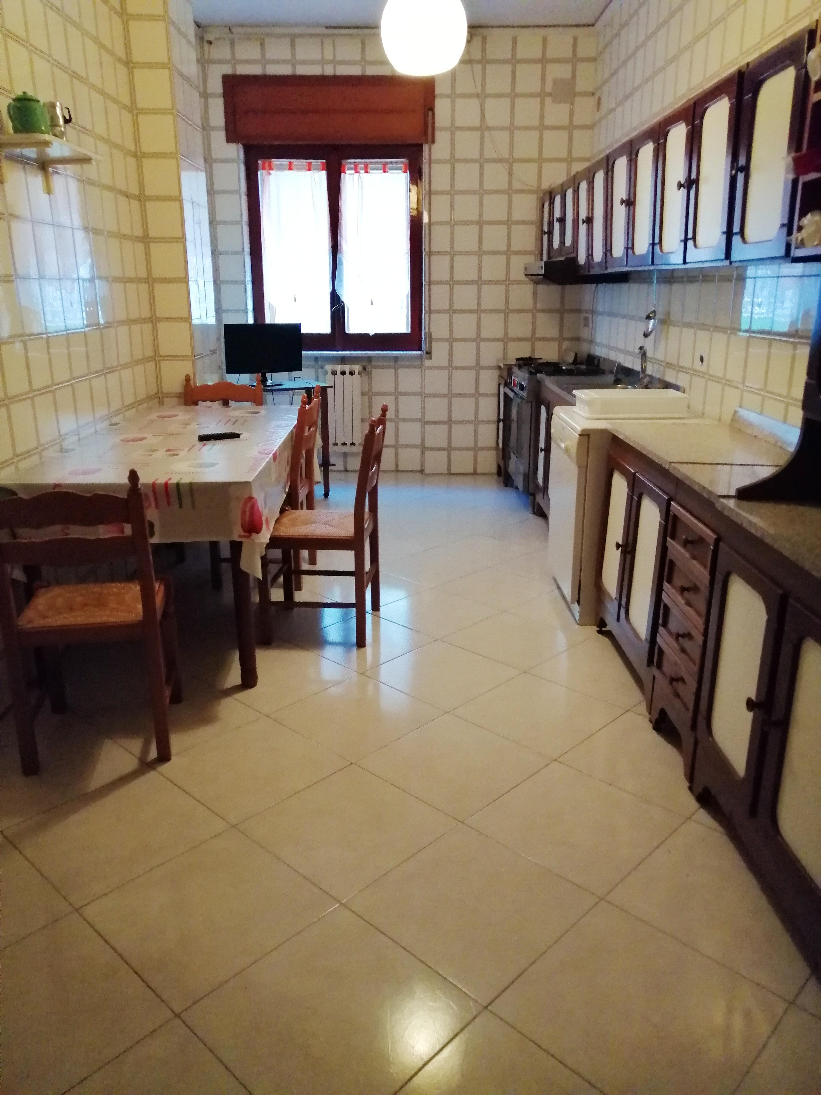 Ferienwohnung Wohnung mit 3 Schlafzimmern in Pagani mit schöner Aussicht auf die Stadt, Balkon und W-LAN (2690733), Pagani, Salerno, Kampanien, Italien, Bild 2