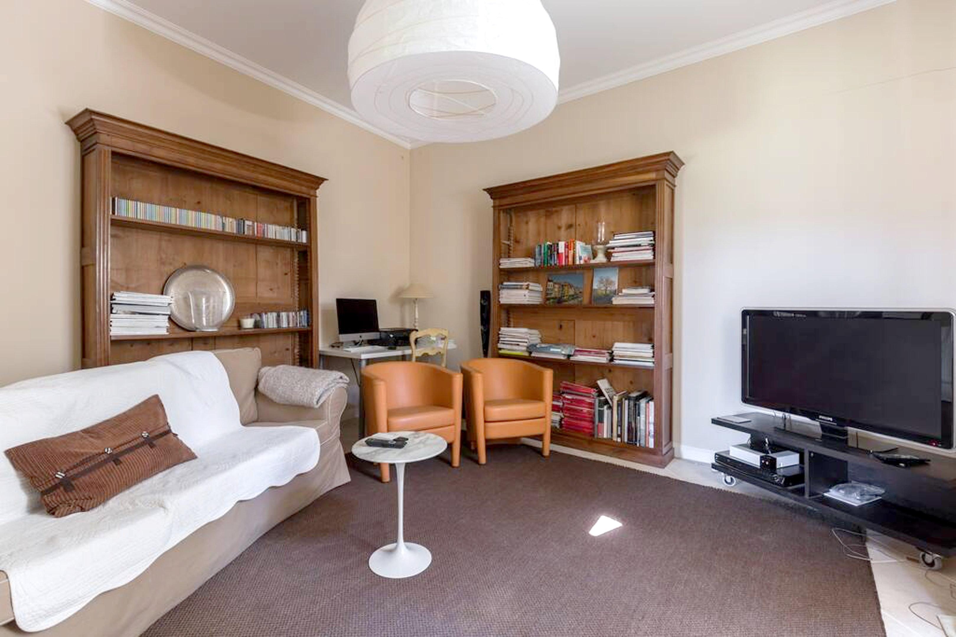 Maison de vacances Villa mit 6 Schlafzimmern in L'Isle-sur-la-Sorgue mit privatem Pool, möbliertem Garten und (2647203), L'Isle sur la Sorgue, Vaucluse, Provence - Alpes - Côte d'Azur, France, image 3
