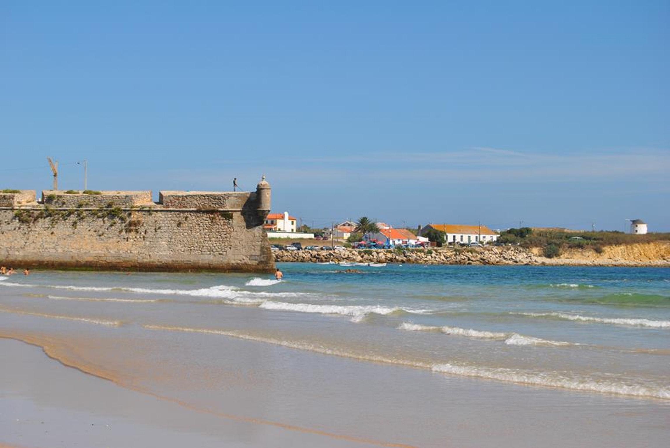 Ferienwohnung Wohnung mit einem Schlafzimmer in Peniche mit Terrasse und W-LAN - 400 m vom Strand entfer (2622208), Peniche, Costa de Prata, Zentral-Portugal, Portugal, Bild 31