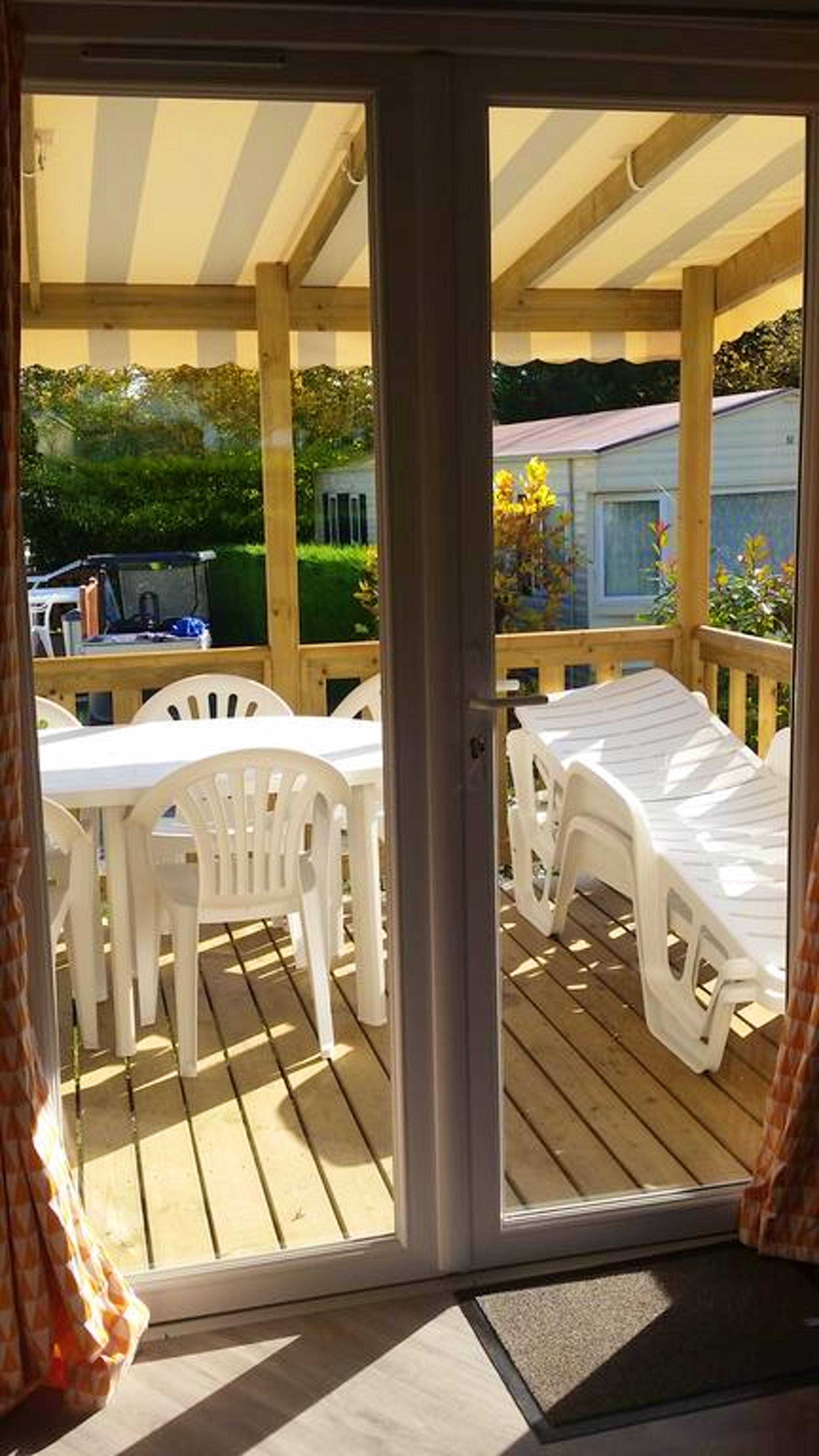Bungalow mit 2 Schlafzimmern in Onzain mit Pool, e Hütte