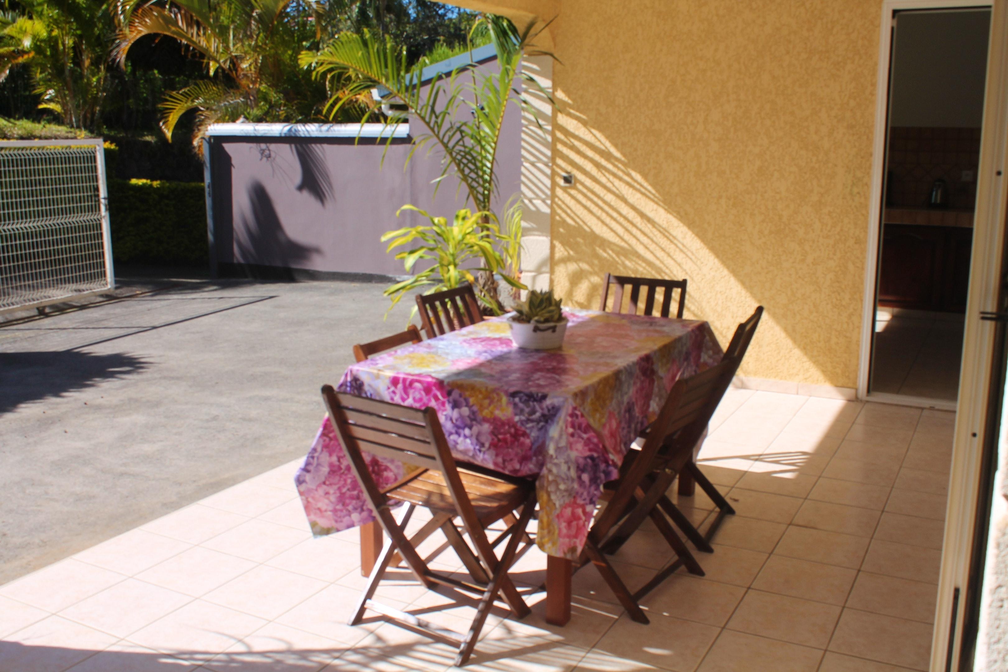 Haus mit 3 Schlafzimmern in Tampon mit toller Auss Ferienhaus in Afrika
