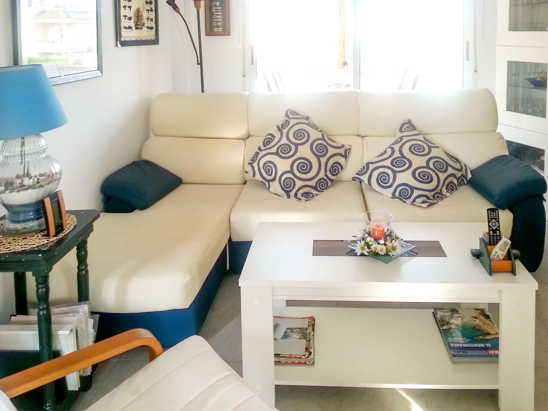 Ferienhaus Haus mit 2 Schlafzimmern in Torrevieja mit Pool, möbliertem Garten und W-LAN (2202043), Torrevieja, Costa Blanca, Valencia, Spanien, Bild 3