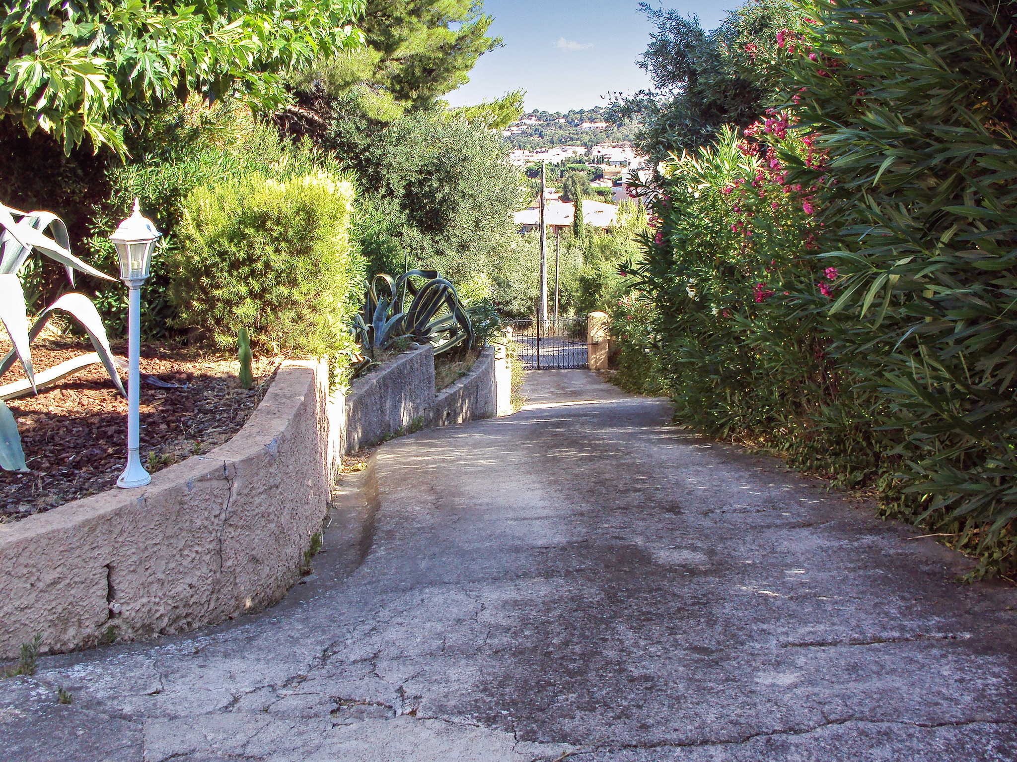 Holiday apartment Wohnung an der Côte d'Azur mit Terrasse, 900 m vom Strand und dem Zentrum entfernt (2202310), Cavalaire sur Mer, Côte d'Azur, Provence - Alps - Côte d'Azur, France, picture 20
