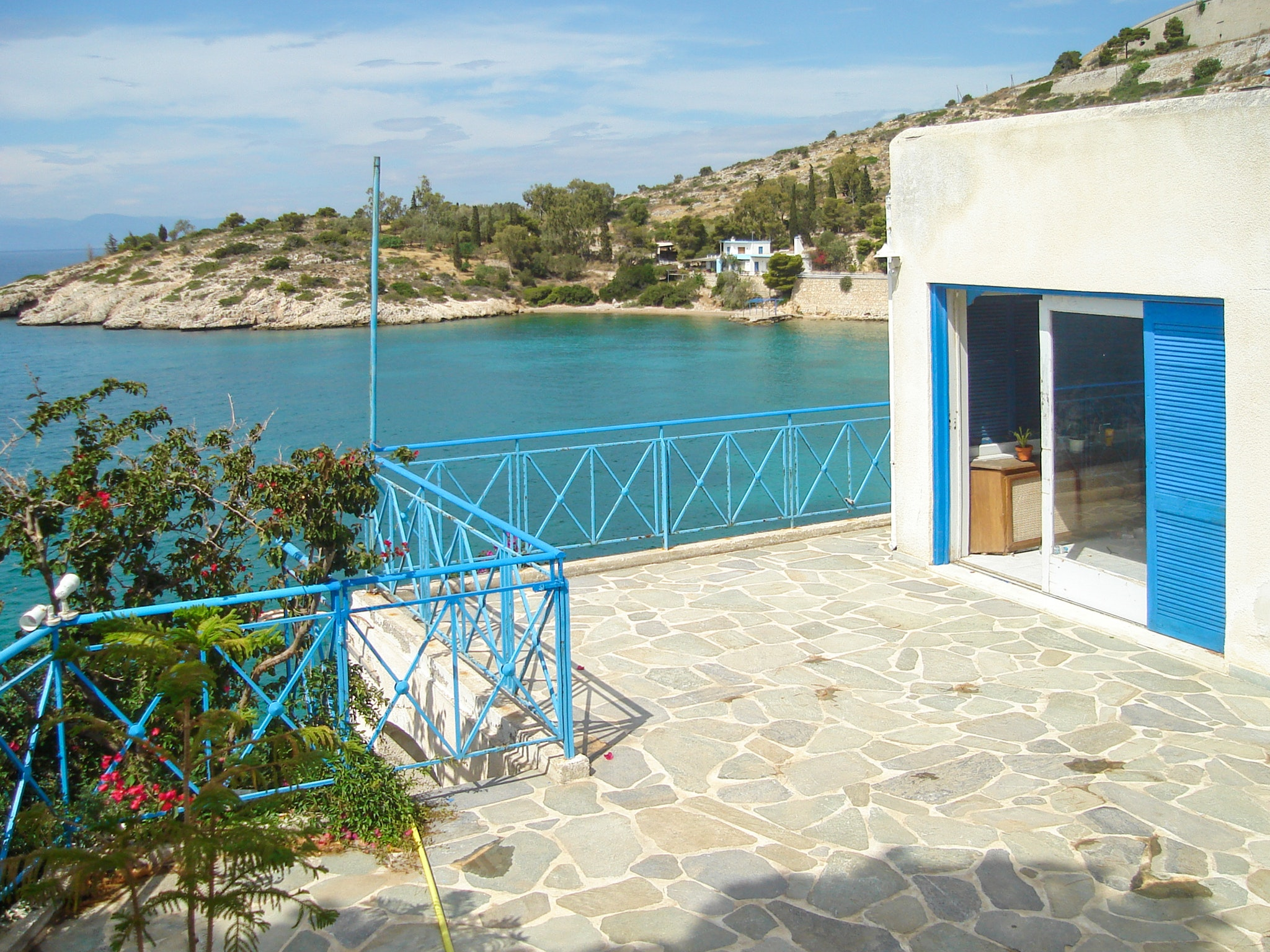 Holiday house Luxuriöse Villa in Megara direkt am Meer, mit wunderschöner Aussicht und möbliertem Balkon (2294781), Megara, , Attica, Greece, picture 2