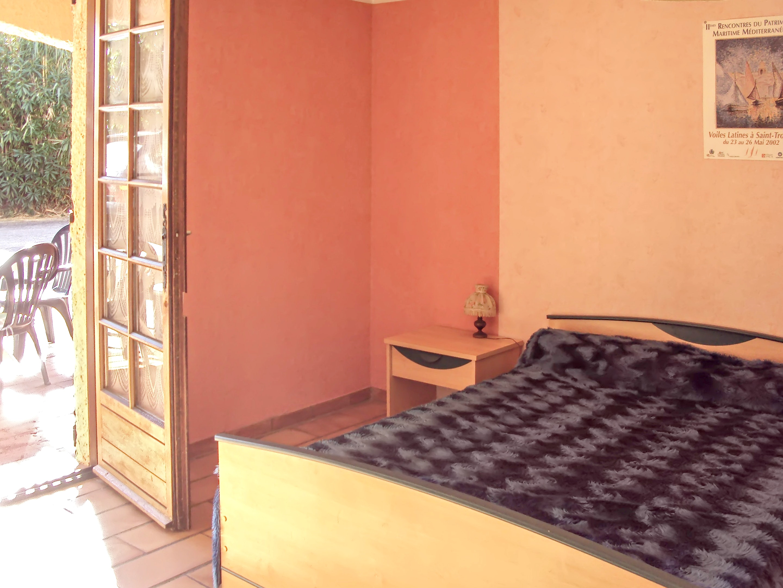 Holiday apartment Wohnung mit 2 Schlafzimmern in Cavalaire-sur-Mer mit eingezäuntem Garten (2202310), Cavalaire sur Mer, Côte d'Azur, Provence - Alps - Côte d'Azur, France, picture 3