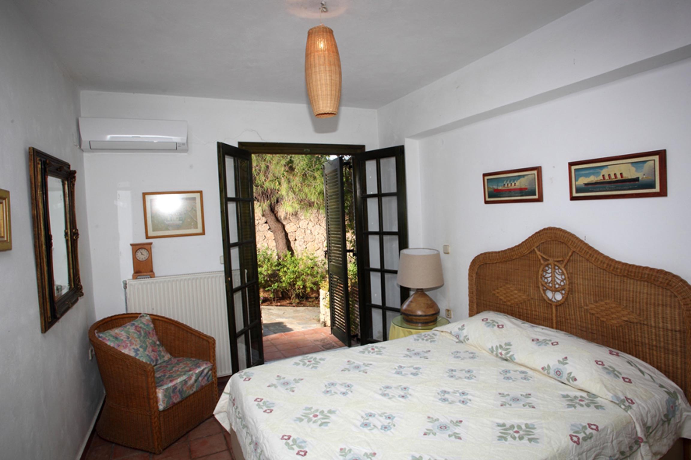 Ferienhaus Villa mit 4 Zimmern in Kosta mit herrlichem Meerblick, privatem Pool, eingezäuntem Garten  (2271451), Kosta (GR), , Peloponnes, Griechenland, Bild 11