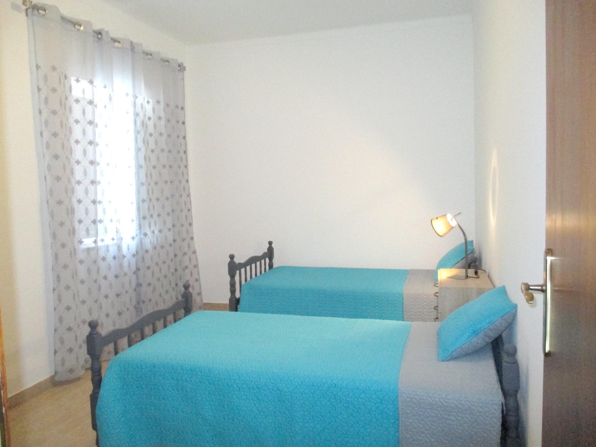 Ferienhaus Haus mit 3 Schlafzimmern in Luz (Luz de Tavira) mit eingezäuntem Garten - 2 km vom Strand  (2426449), Luz, Ria Formosa, Algarve, Portugal, Bild 8