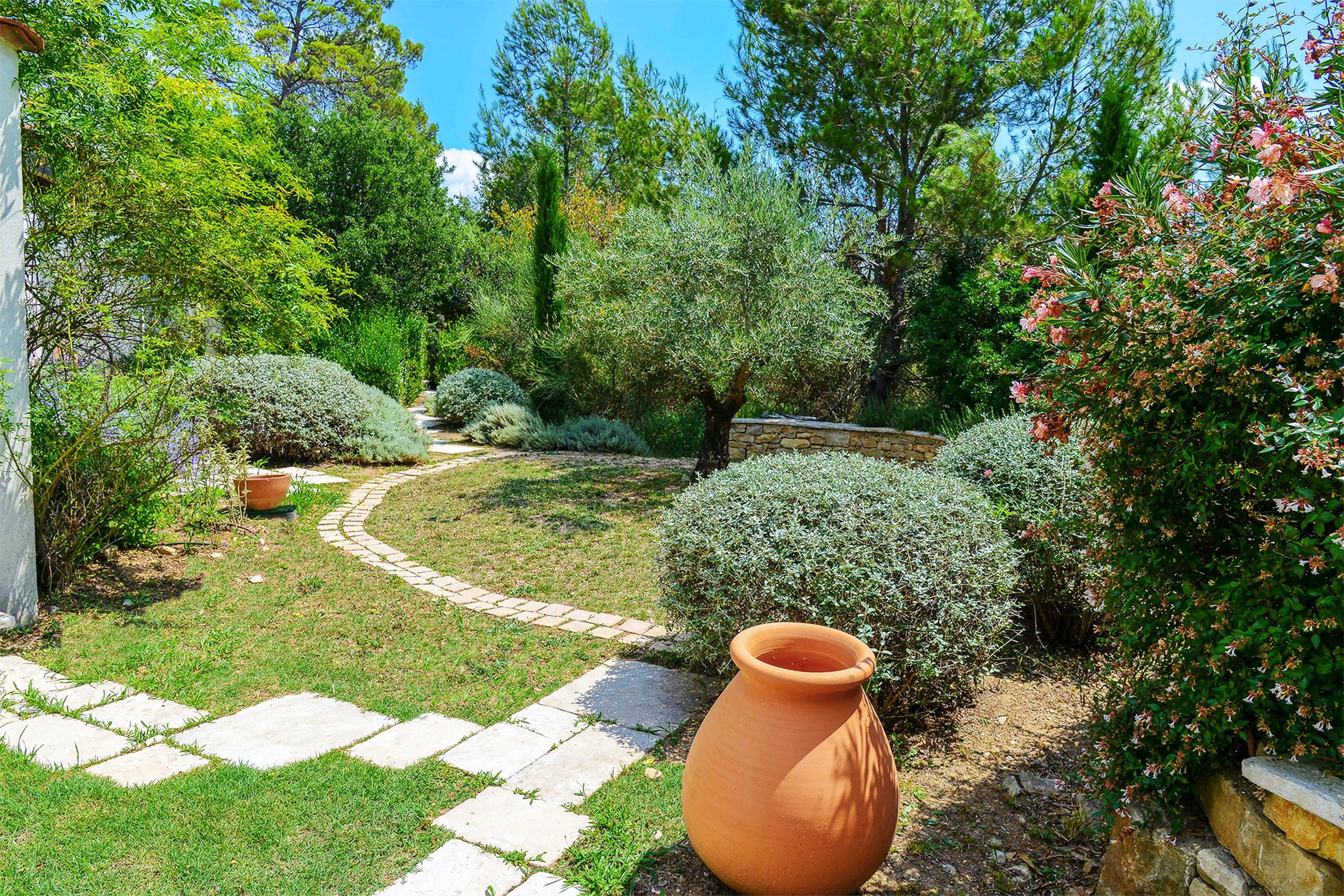 Holiday house Villa mit 5 Schlafzimmern in Garéoult mit privatem Pool, möbliertem Garten und W-LAN - 37  (2425177), Garéoult, Var, Provence - Alps - Côte d'Azur, France, picture 6