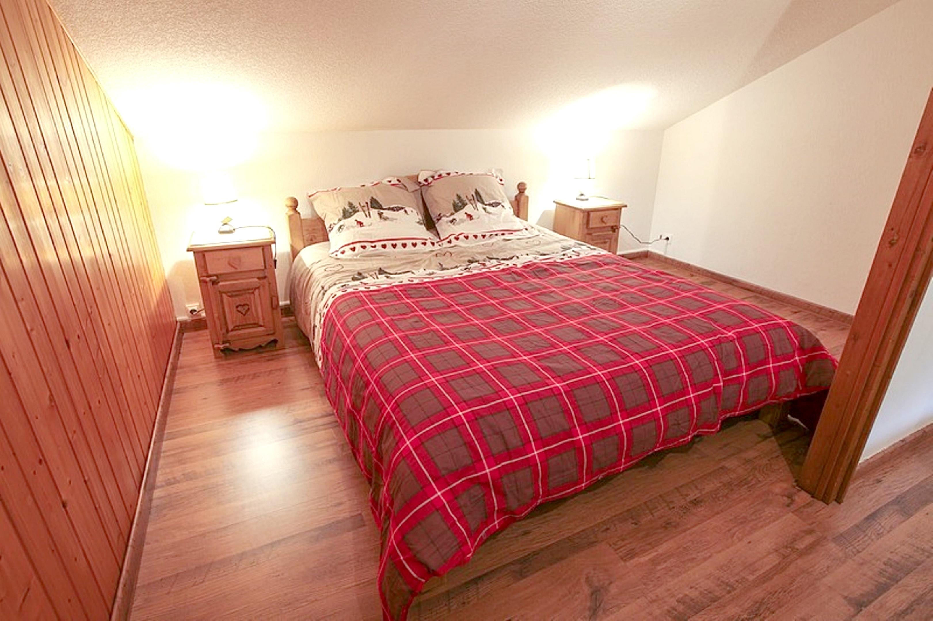 Maison de vacances Hütte mit 7 Schlafzimmern in Les Moussières mit toller Aussicht auf die Berge, möblierter  (2677371), Les Moussières, Jura, Franche-Comté, France, image 5