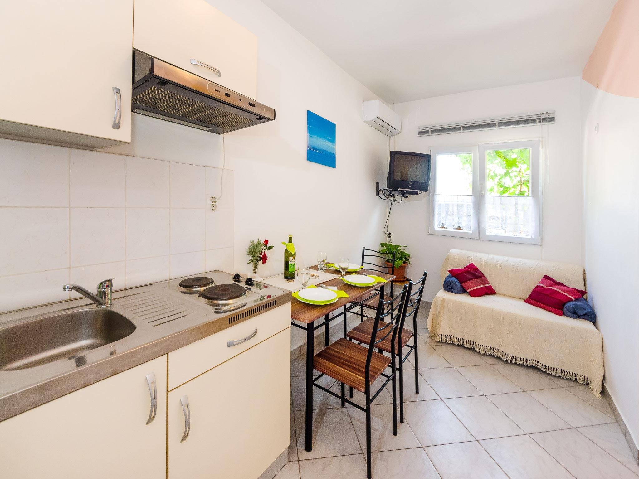 Holiday apartment Wohnung mit einem Zimmer in Zadar mit eingezäuntem Garten und W-LAN - 1 km vom Strand entf (2201234), Zadar, , Dalmatia, Croatia, picture 5