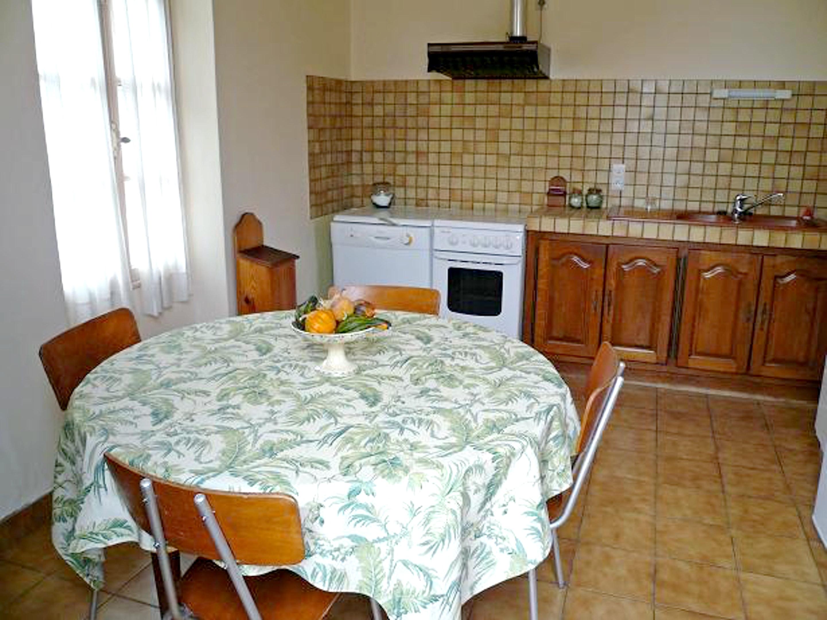 Maison de vacances Haus mit 4 Schlafzimmern in Castillon-la-Bataille mit eingezäuntem Garten und W-LAN - 85 k (2271453), Castillon la Bataille, Gironde, Aquitaine, France, image 4