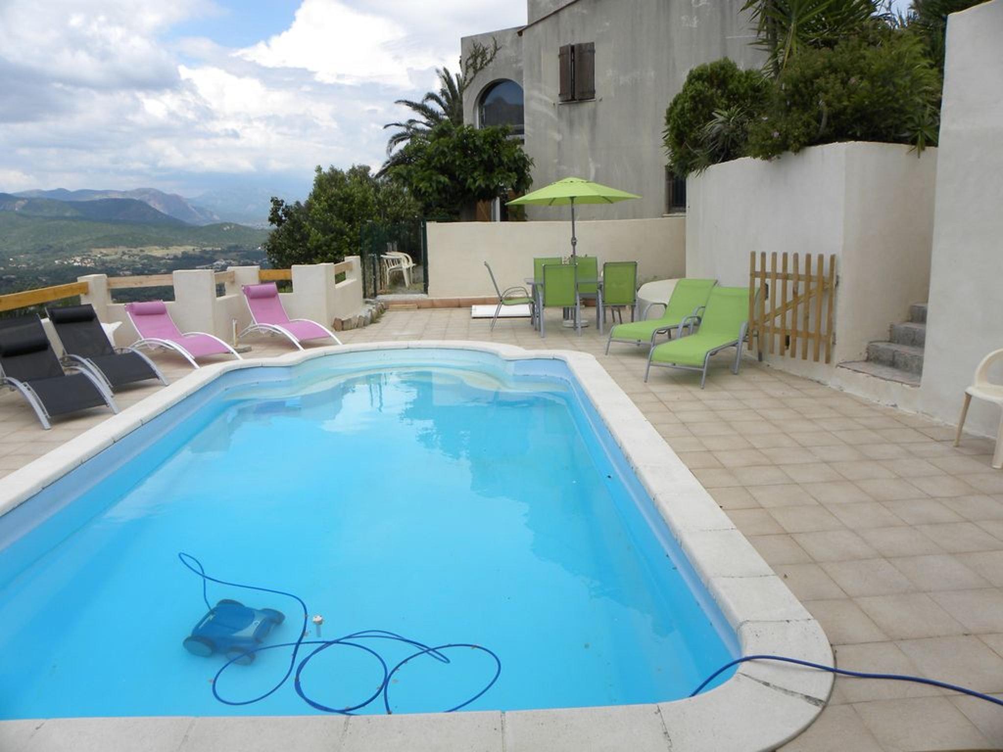 Hütte mit 4 Schlafzimmern in Ajaccio mit toll Ferienhaus