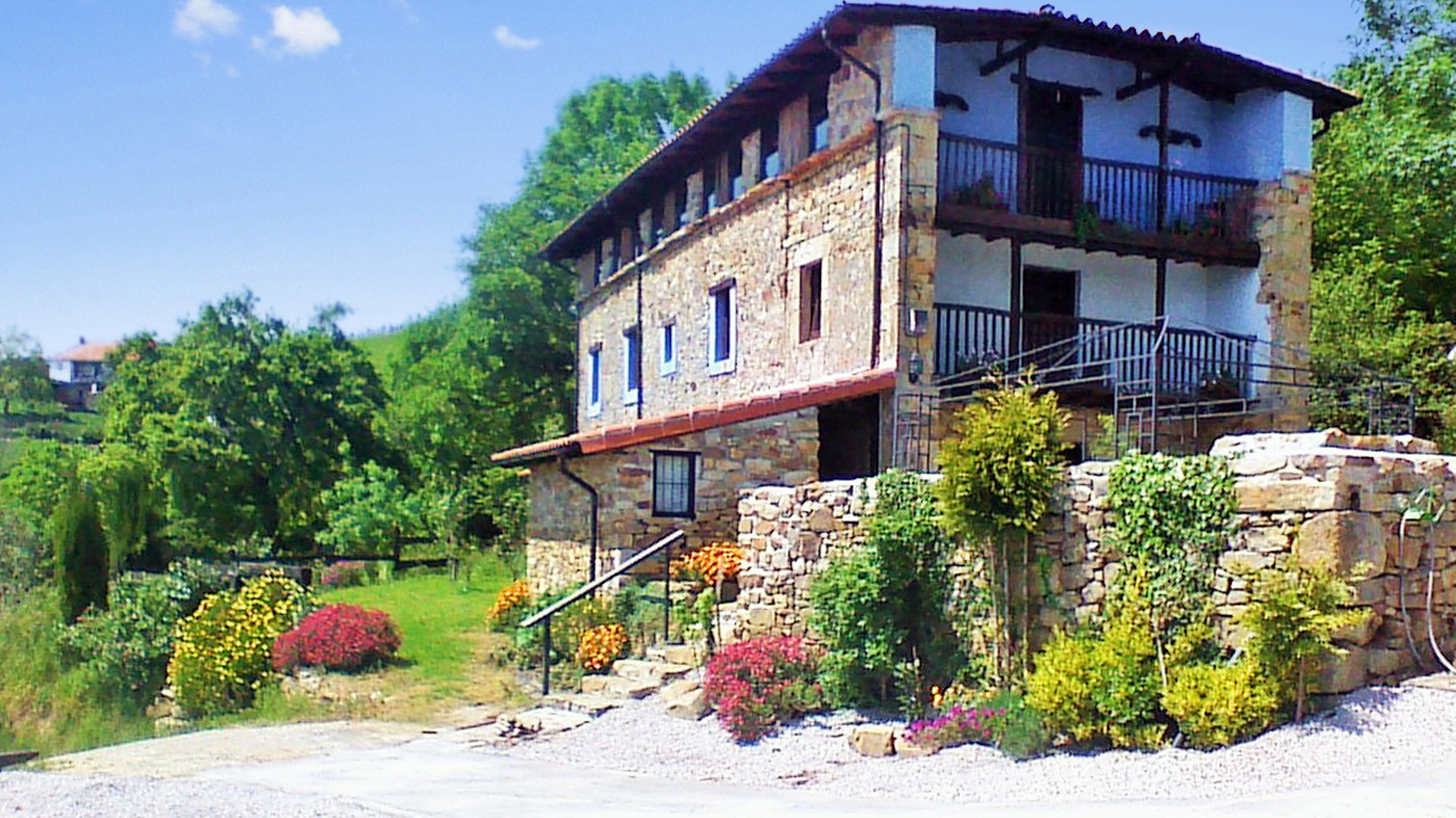 Holiday house Großes Haus in Ampuero mit vier Schlafzimmern und herrlichem Bergblick! (2201236), Ampuero, , Cantabria, Spain, picture 1