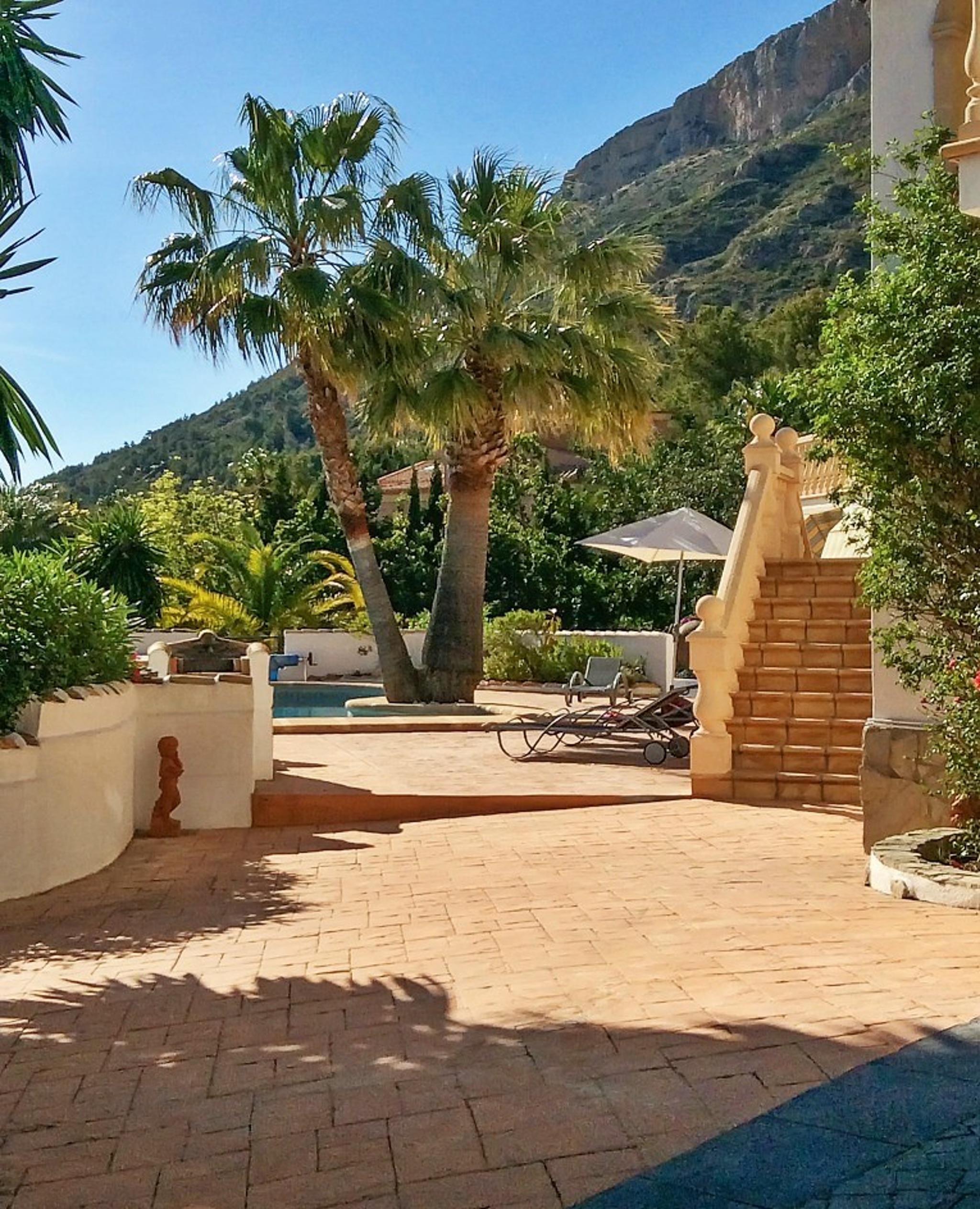 Ferienhaus Geräumige Villa mit fünf Schlafzimmer in Javea mit möblierter Terrasse, Pool und toller Au (2201168), Jávea, Costa Blanca, Valencia, Spanien, Bild 15