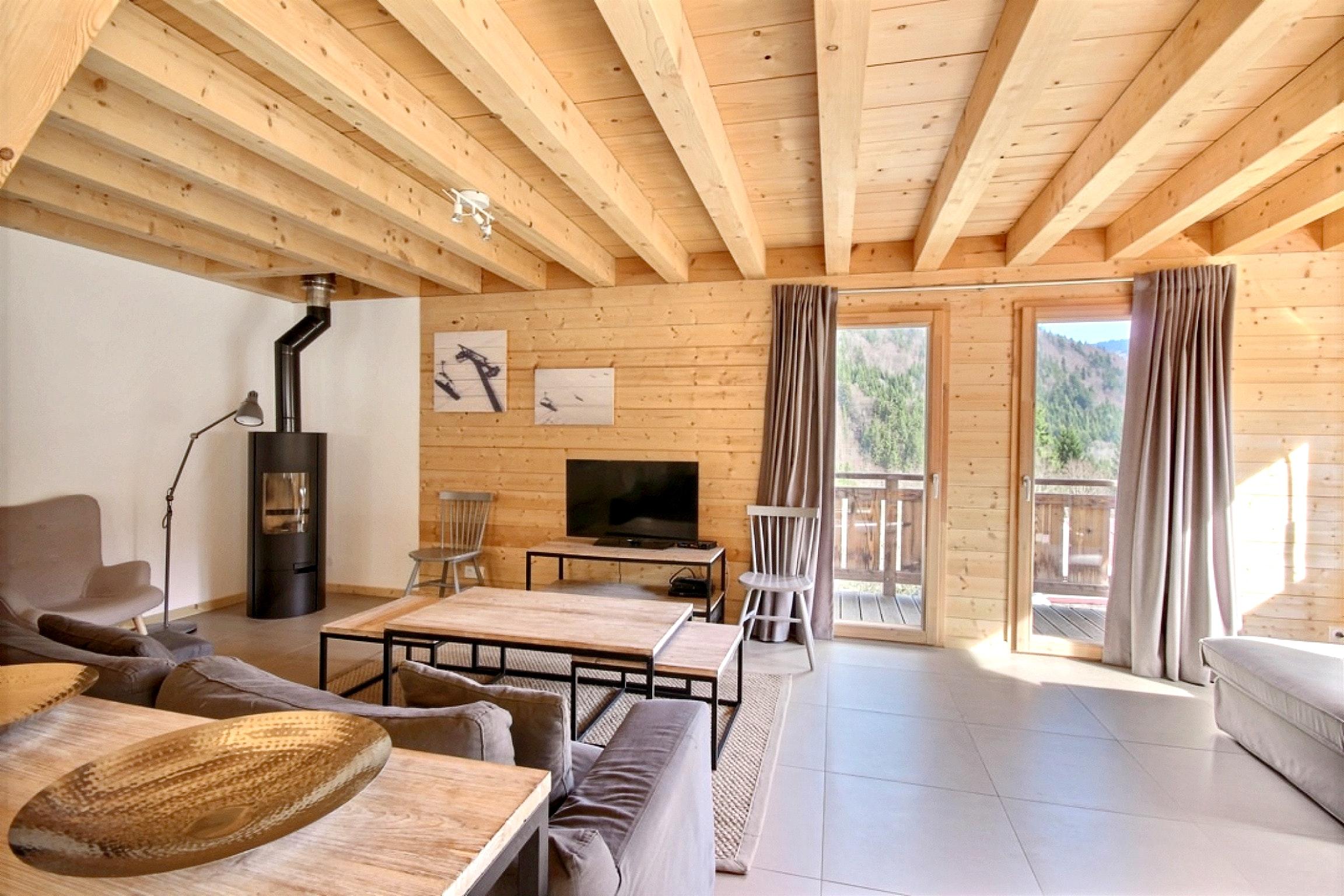 Chalet mit fünf Schlafzimmern, spektakulärem Bergblick und Terrasse ...