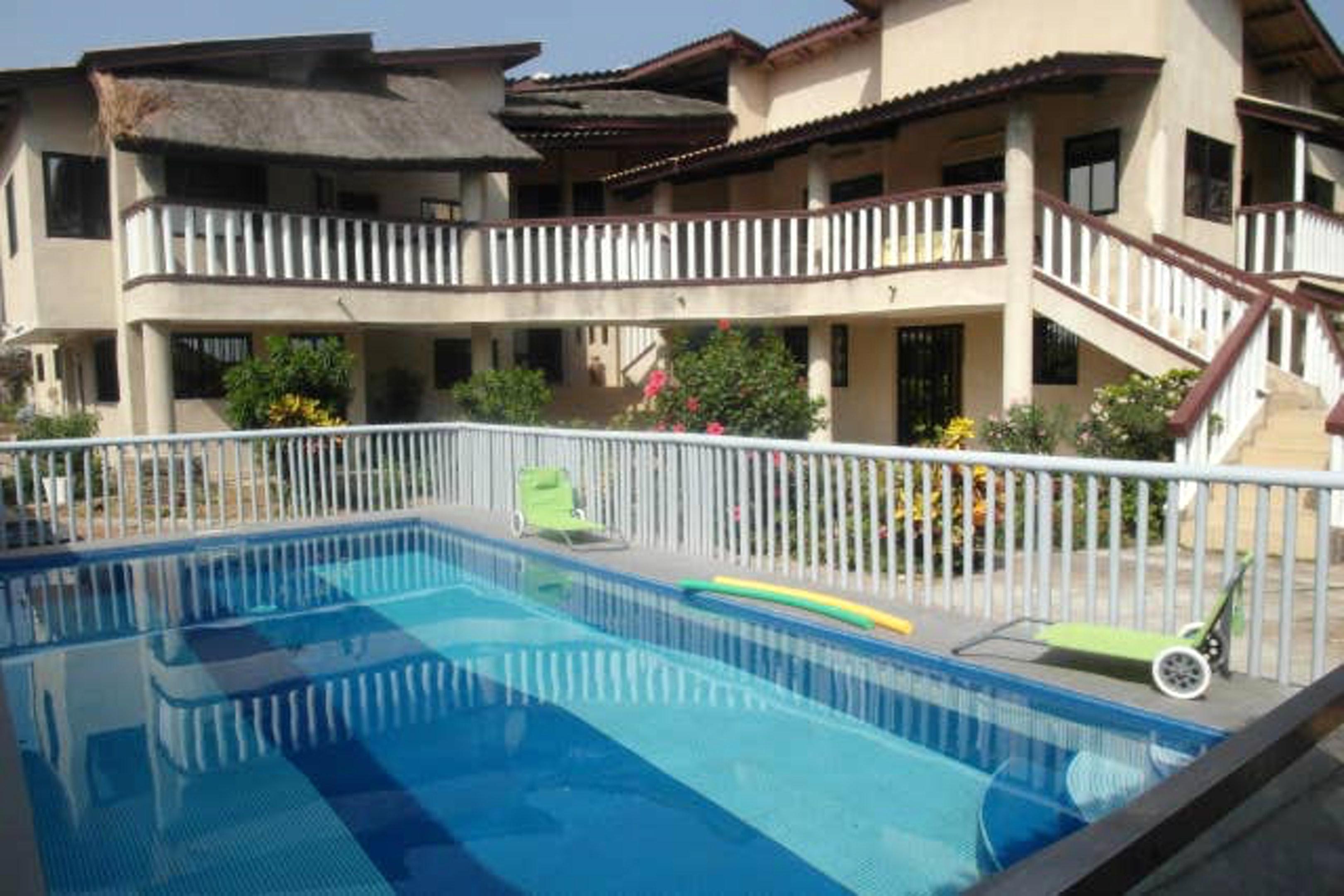 Haus mit 4 Schlafzimmern in Grand Popo mit herrlichem Meerblick, Pool, eingezäuntem Garten - 10 m vom Strand entfernt