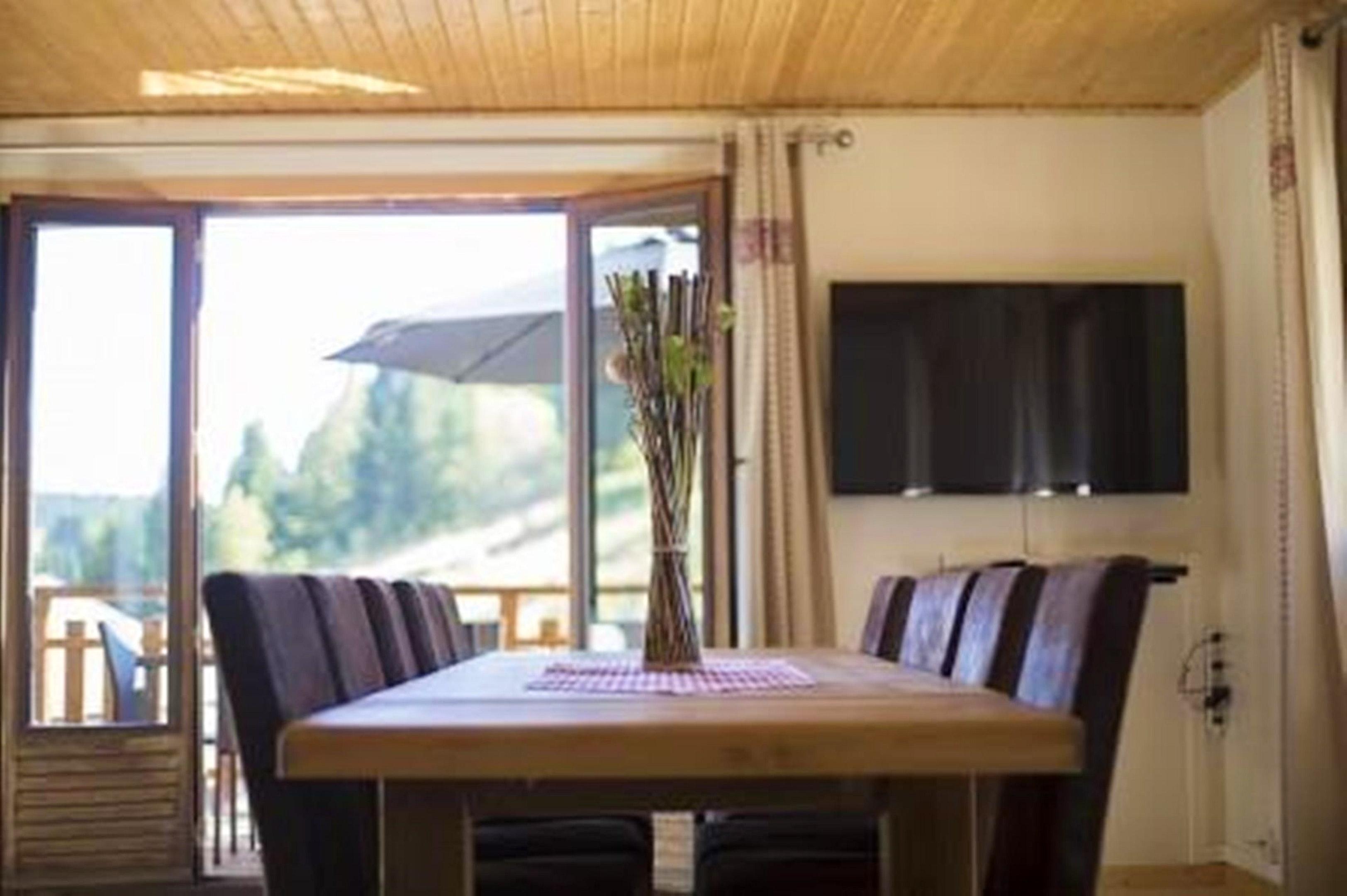 Maison de vacances Hütte mit 7 Schlafzimmern in Les Moussières mit toller Aussicht auf die Berge, möblierter  (2677371), Les Moussières, Jura, Franche-Comté, France, image 25