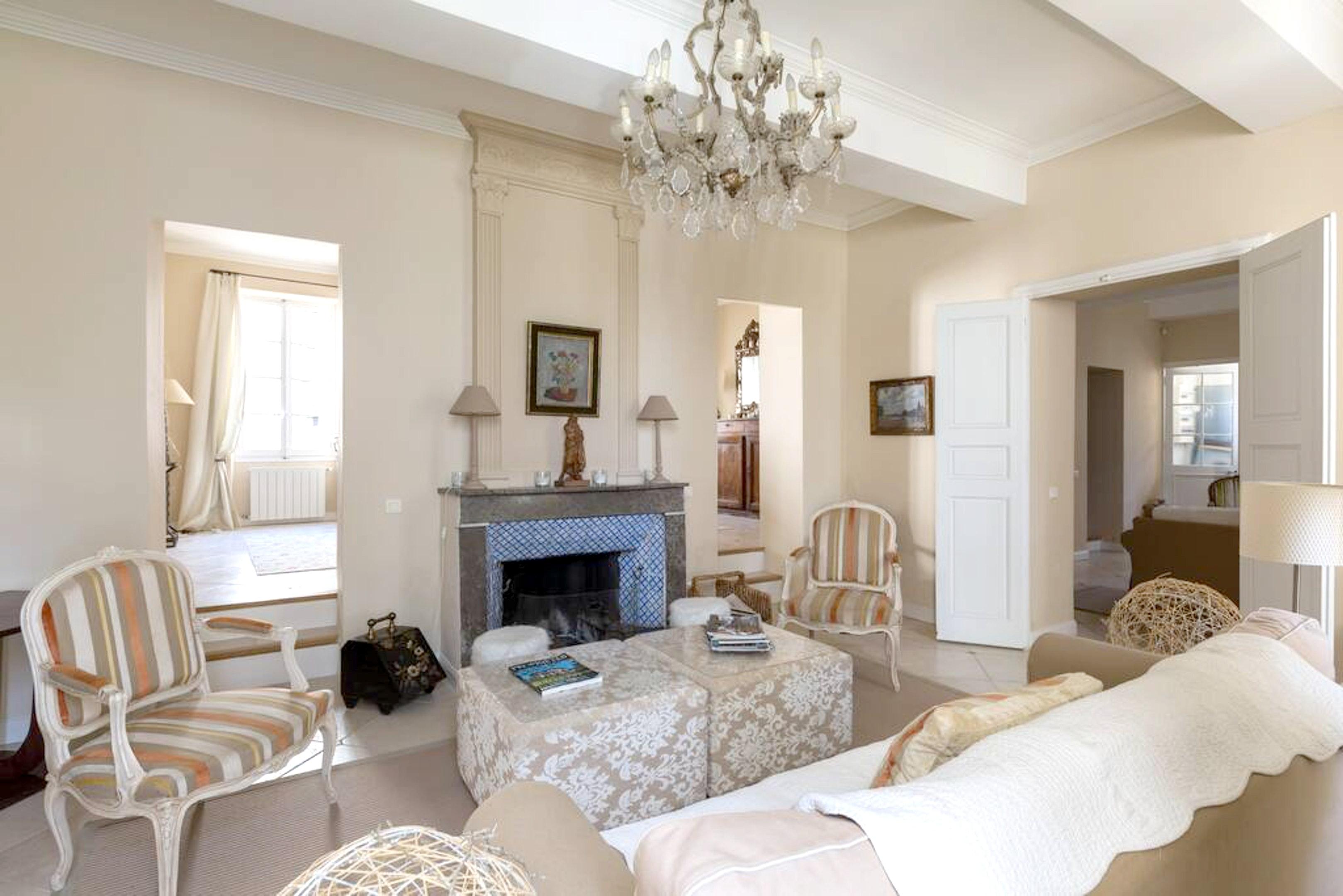 Maison de vacances Villa mit 6 Schlafzimmern in L'Isle-sur-la-Sorgue mit privatem Pool, möbliertem Garten und (2647203), L'Isle sur la Sorgue, Vaucluse, Provence - Alpes - Côte d'Azur, France, image 11