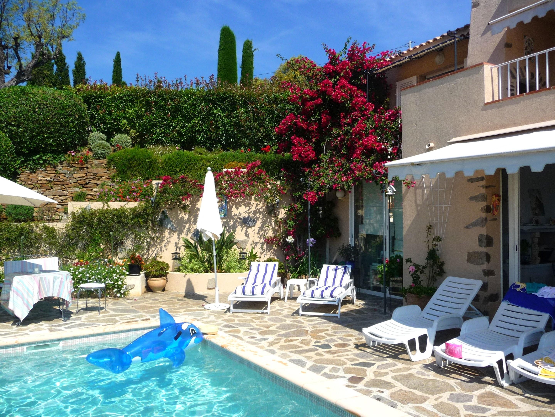 Ferienhaus Villa mit 4 Schlafzimmern in La Croix-Valmer mit herrlichem Meerblick, privatem Pool, eing (2202594), La Croix Valmer, Côte d'Azur, Provence - Alpen - Côte d'Azur, Frankreich, Bild 4