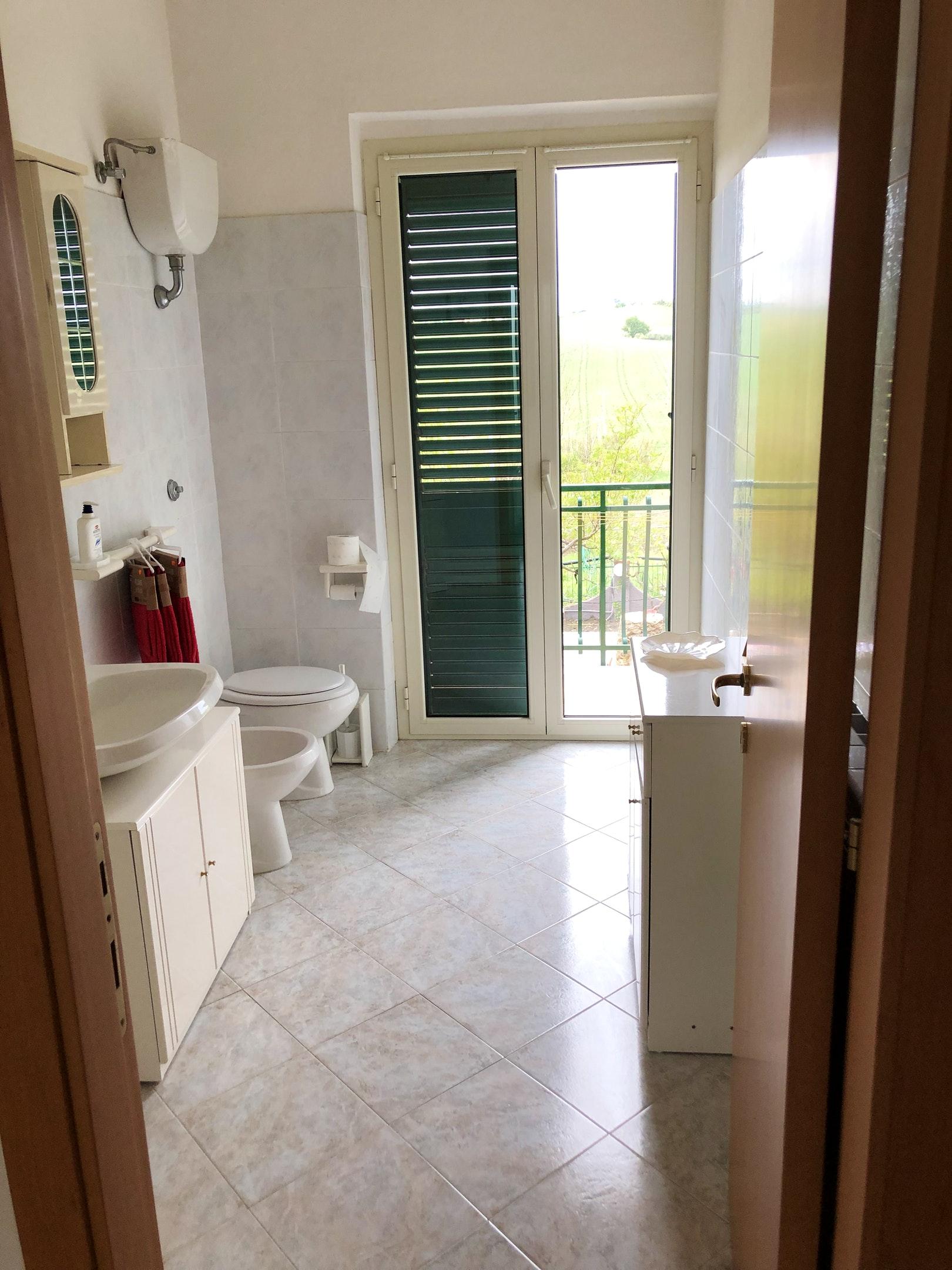 Ferienhaus Haus mit 3 Schlafzimmern in Montenero di bisaccia mit herrlichem Meerblick und eingezäunte (2524275), Montenero di Bisaccia, Campobasso, Molise, Italien, Bild 27