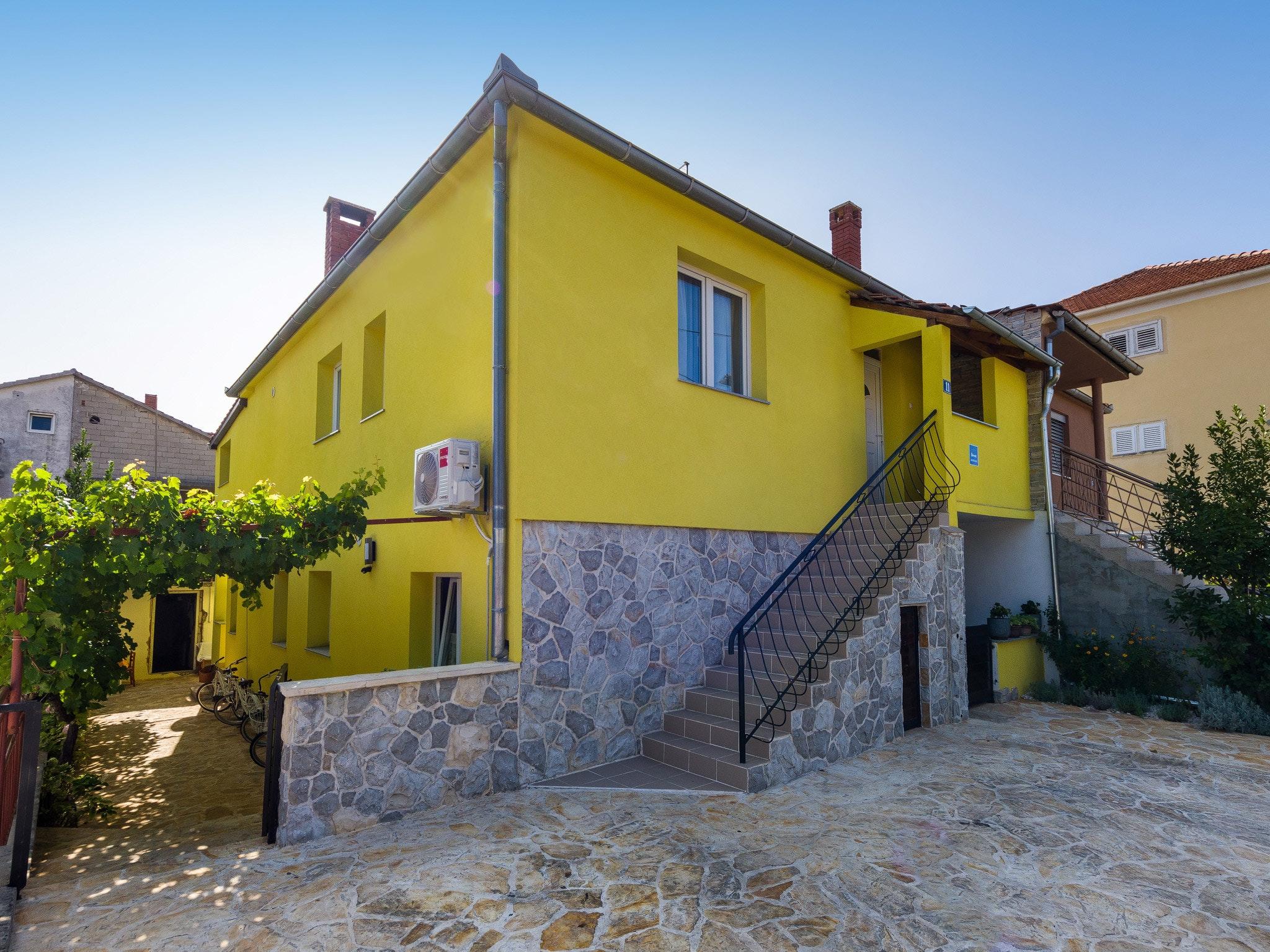 Holiday apartment Wohnung mit einem Zimmer in Zadar mit eingezäuntem Garten und W-LAN - 1 km vom Strand entf (2201234), Zadar, , Dalmatia, Croatia, picture 23