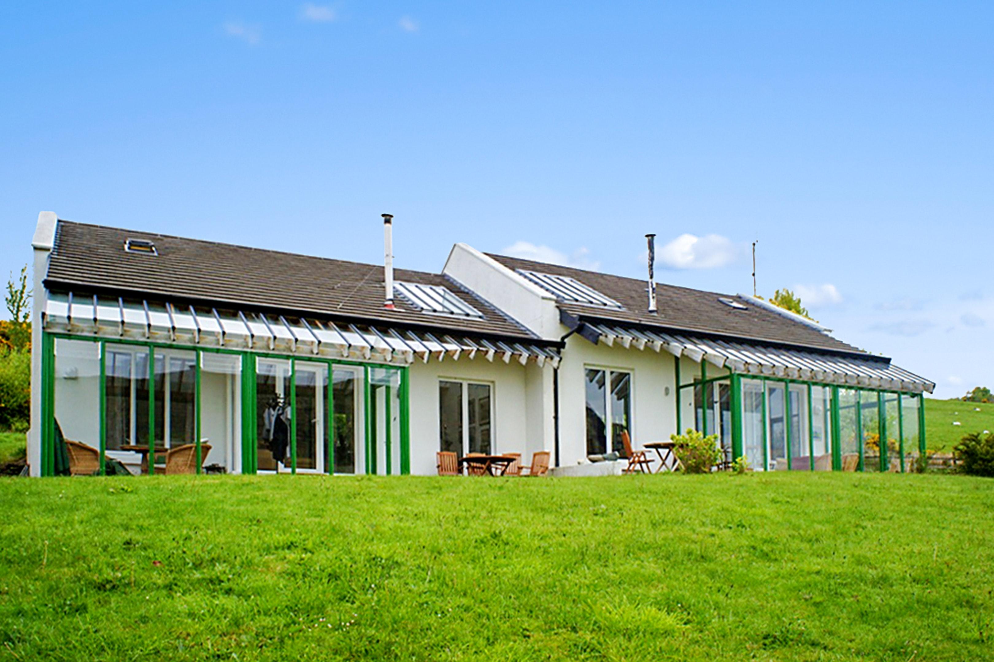 Haus mit einem Schlafzimmer in Tourmakeady Derrypark mit bezauberndem Seeblick und eingezäuntem Garten