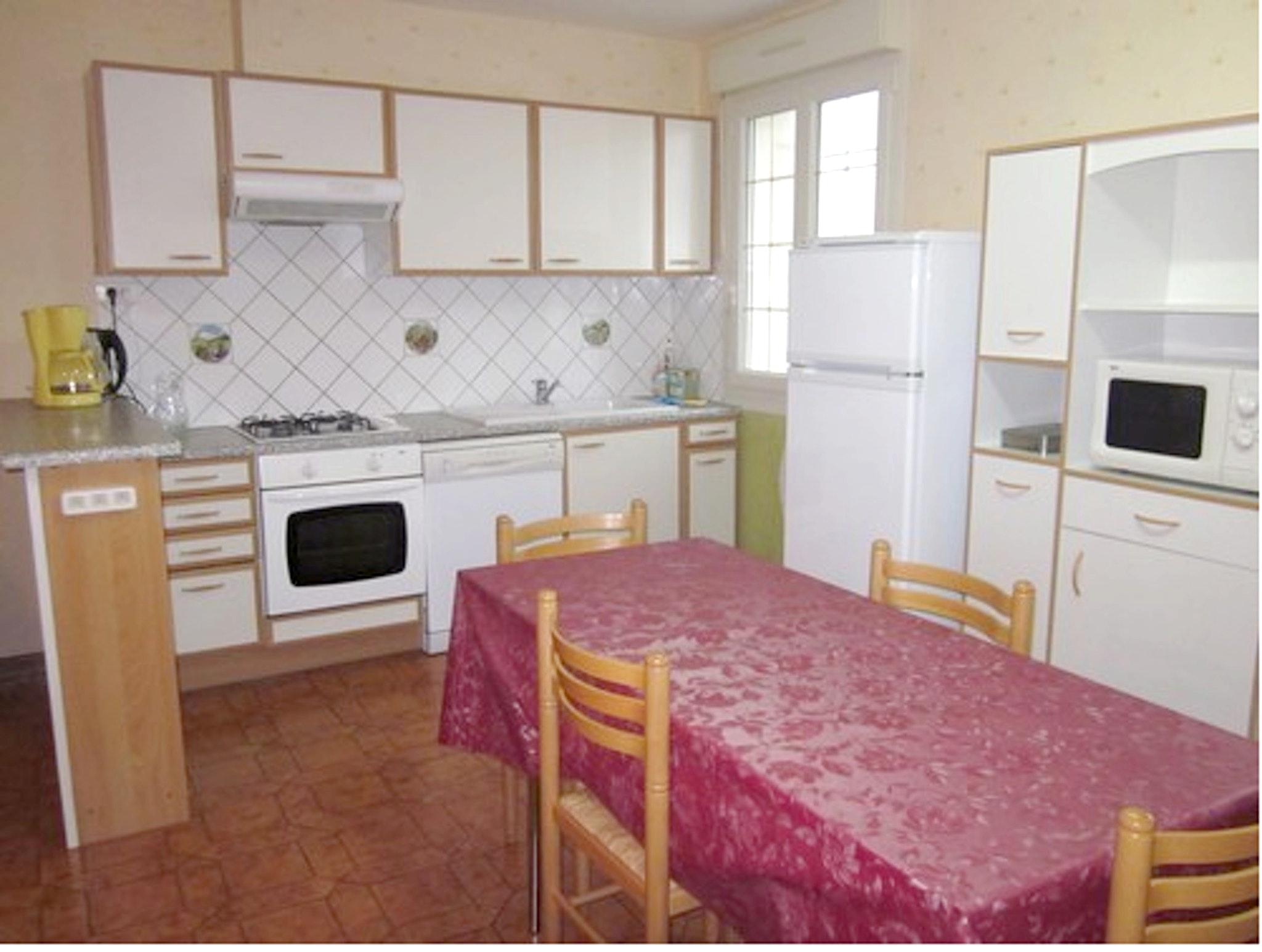 Maison de vacances Haus mit 2 Schlafzimmern in Saint-Laurent-la-Roche mit eingezäuntem Garten - 40 km vom Str (2208321), Montmorot, Jura, Franche-Comté, France, image 6
