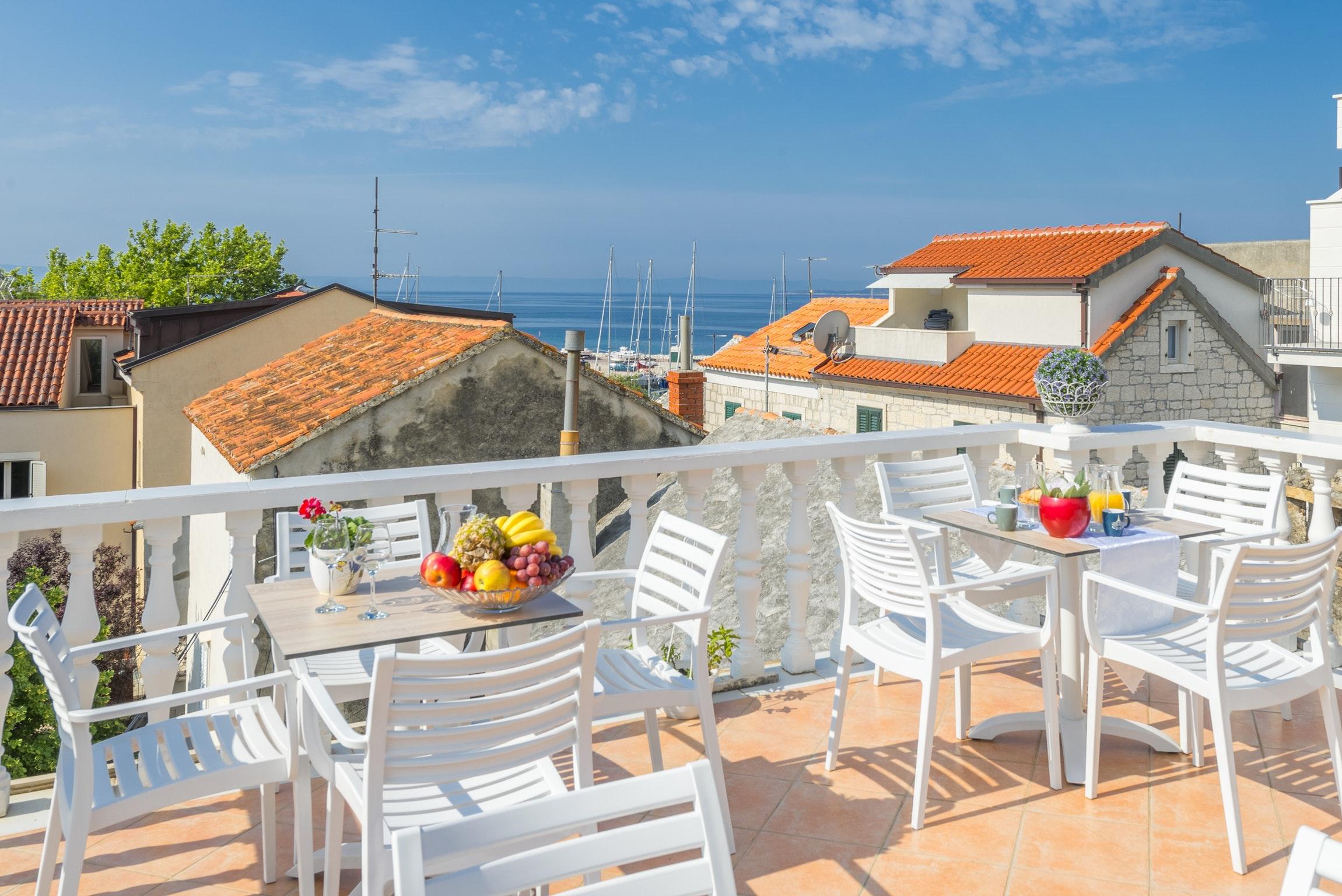 Ferienwohnung Wohnung mit 2 Zimmern in Baaka Voda mit herrlichem Meerblick, möblierter Terrasse und W-L (2201397), Baška Voda, , Dalmatien, Kroatien, Bild 15