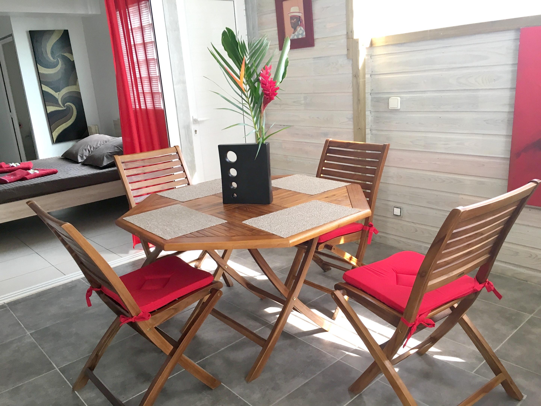 Wohnung mit 2 Schlafzimmern in Sainte-Anne mit her Ferienwohnung in Guadeloupe