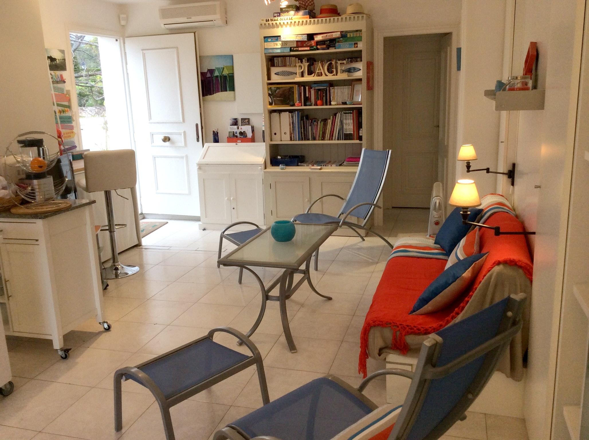 Appartement de vacances Wohnung mit einem Schlafzimmer in Carqueiranne mit Pool, eingezäuntem Garten und W-LAN - 7 (2231381), Carqueiranne, Côte d'Azur, Provence - Alpes - Côte d'Azur, France, image 9