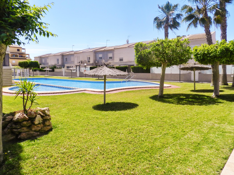 Maison de vacances Haus mit 2 Schlafzimmern in Torrevieja, Alicante mit schöner Aussicht auf die Stadt, Pool, (2201630), Torrevieja, Costa Blanca, Valence, Espagne, image 48