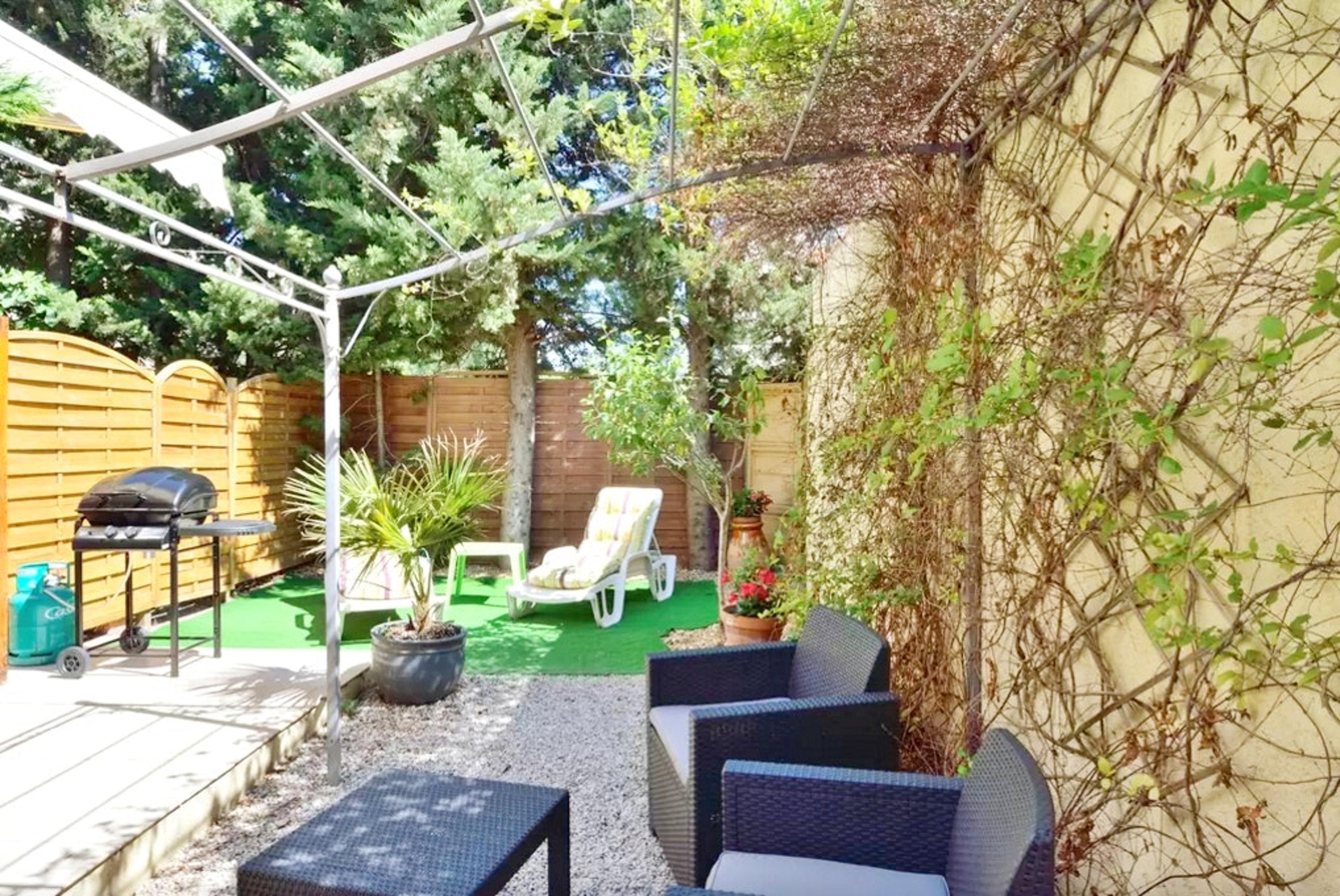 Holiday apartment Wohnung mit einem Schlafzimmer in Fréjus mit eingezäuntem Garten und W-LAN (2202409), Fréjus, Côte d'Azur, Provence - Alps - Côte d'Azur, France, picture 2