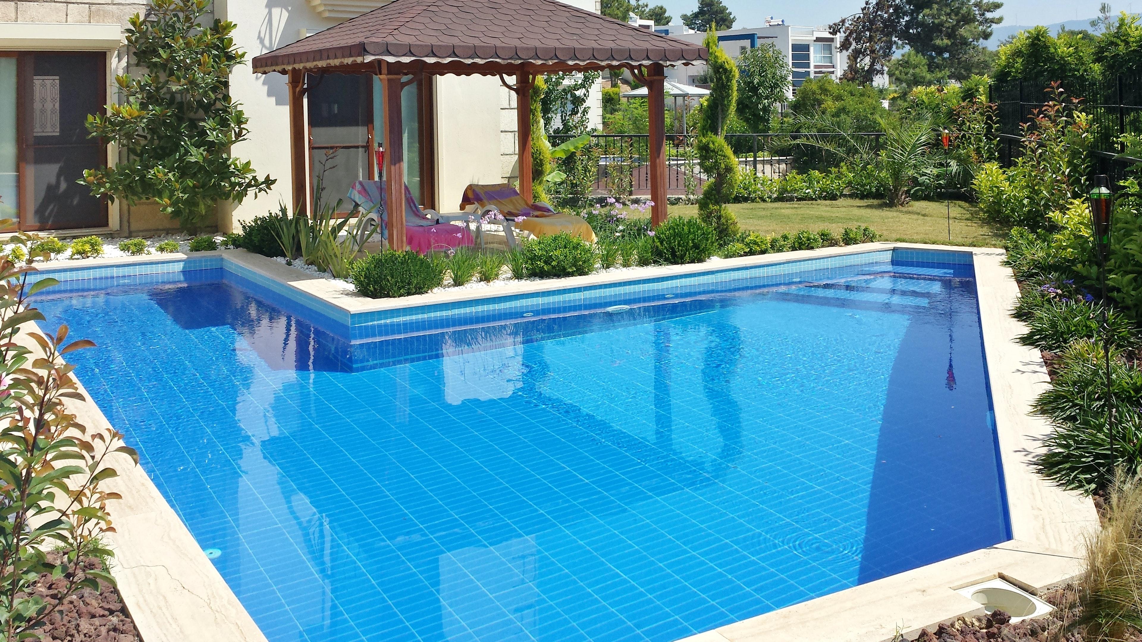Haus mit 4 Schlafzimmern in Ku adas mit privatem Pool und eingezäuntem Garten 2 km vom Strand entfernt