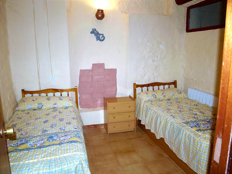 Maison de vacances Haus mit 6 Schlafzimmern in Albentosa mit toller Aussicht auf die Berge und möblierter Ter (2639969), Albentosa, Teruel, Aragon, Espagne, image 14