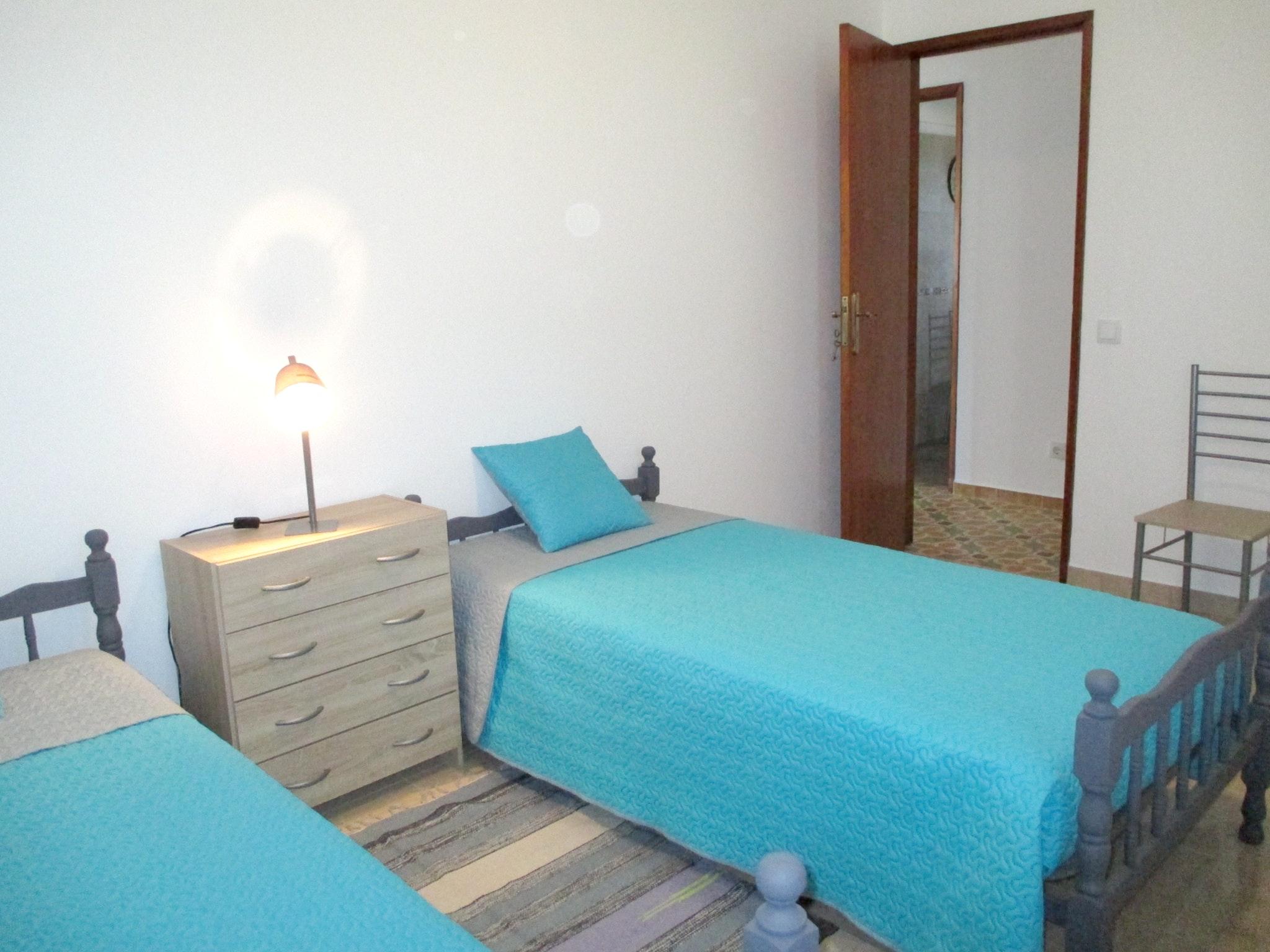 Ferienhaus Haus mit 3 Schlafzimmern in Luz (Luz de Tavira) mit eingezäuntem Garten - 2 km vom Strand  (2426449), Luz, Ria Formosa, Algarve, Portugal, Bild 6