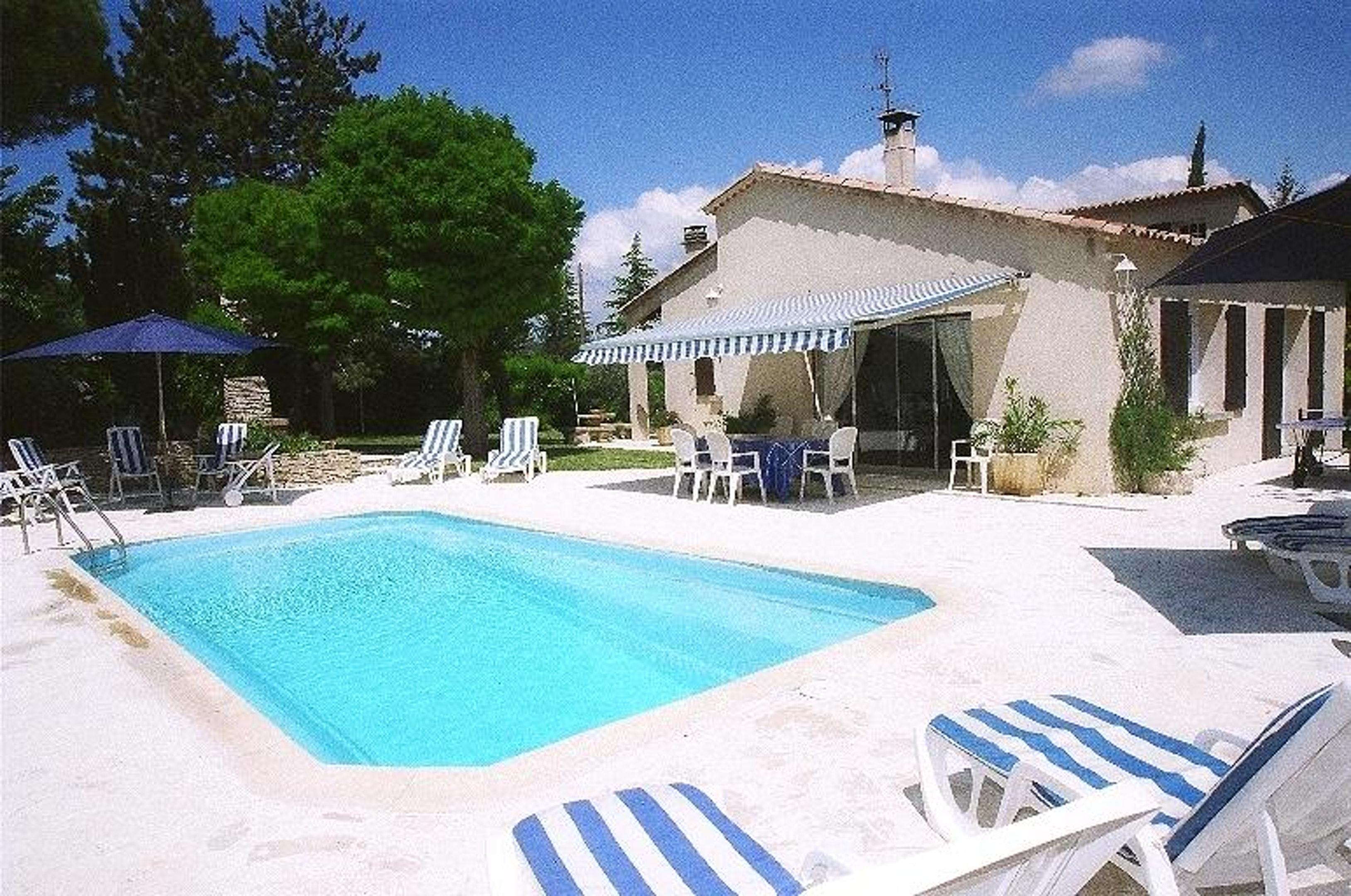 Holiday house Villa mit 3 Schlafzimmern in Céreste mit privatem Pool, eingezäuntem Garten und W-LAN - 50 (2519182), Céreste, Vaucluse, Provence - Alps - Côte d'Azur, France, picture 1