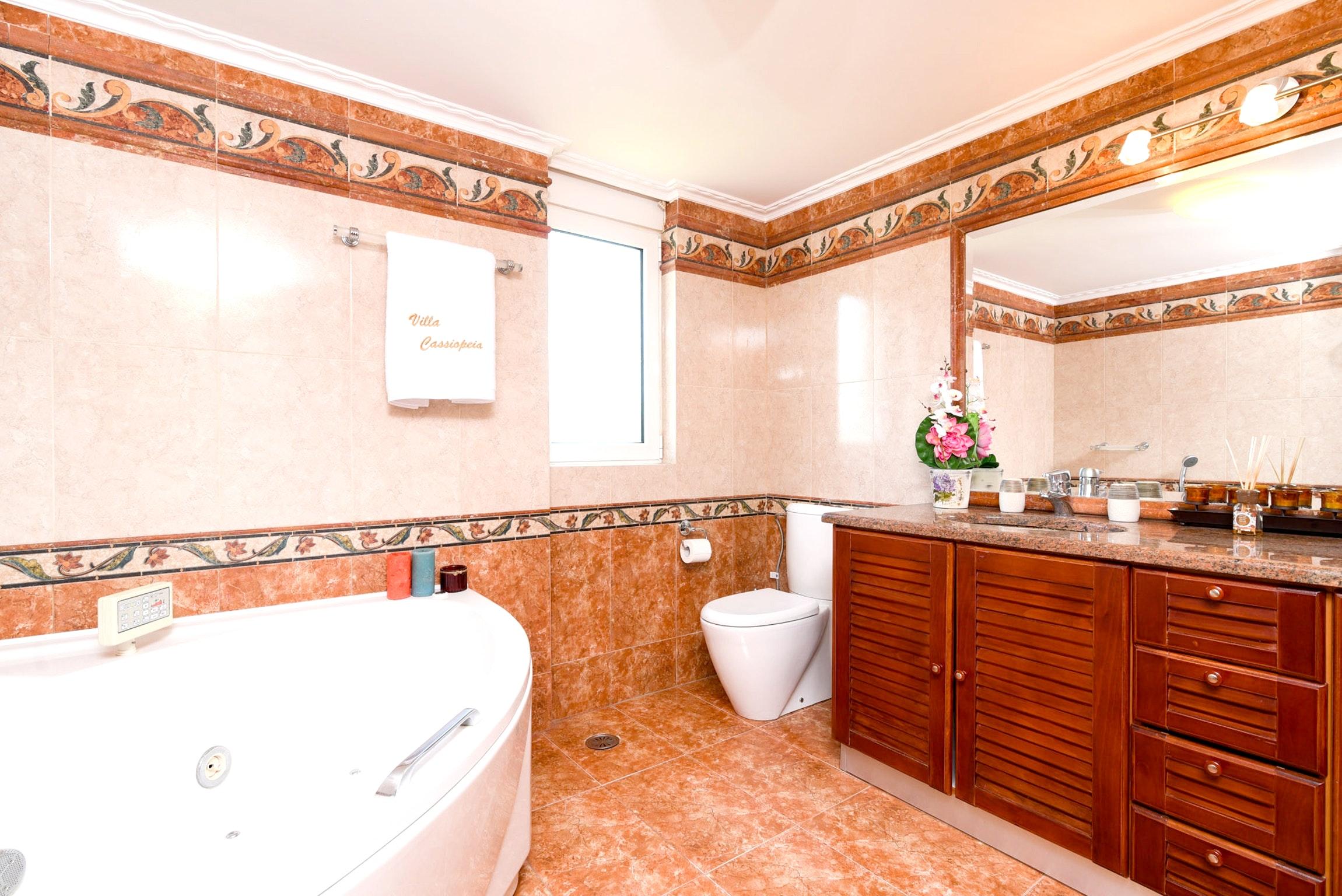 Holiday house Villa mit 5 Schlafzimmern in Kitsi mit privatem Pool, eingezäuntem Garten und W-LAN (2339398), Koropion, , Attica, Greece, picture 19