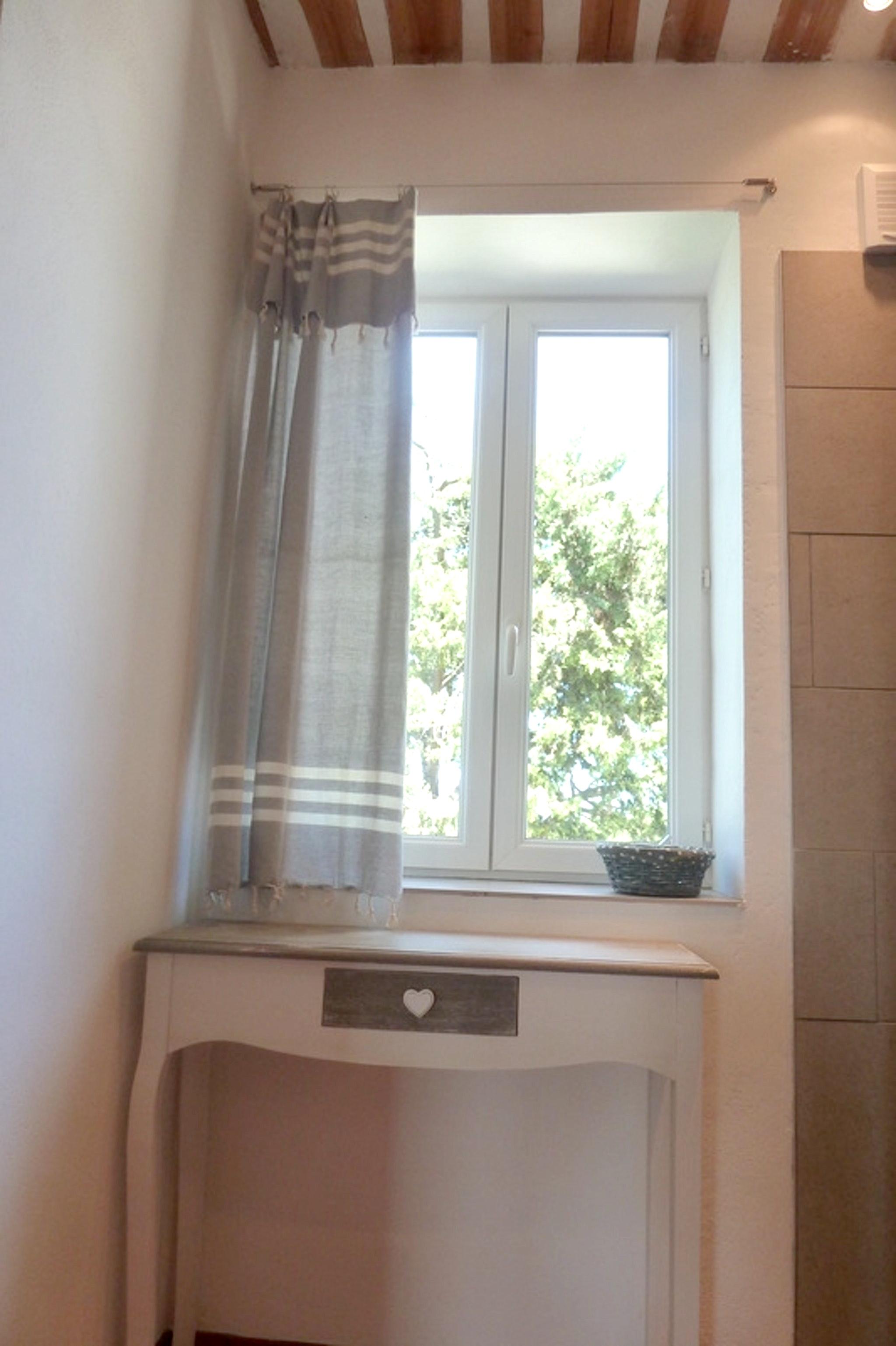 Ferienhaus Haus mit 6 Schlafzimmern in Pernes-les-Fontaines mit privatem Pool, möbliertem Garten und  (2377414), Pernes les Fontaines, Saône-et-Loire, Burgund, Frankreich, Bild 23
