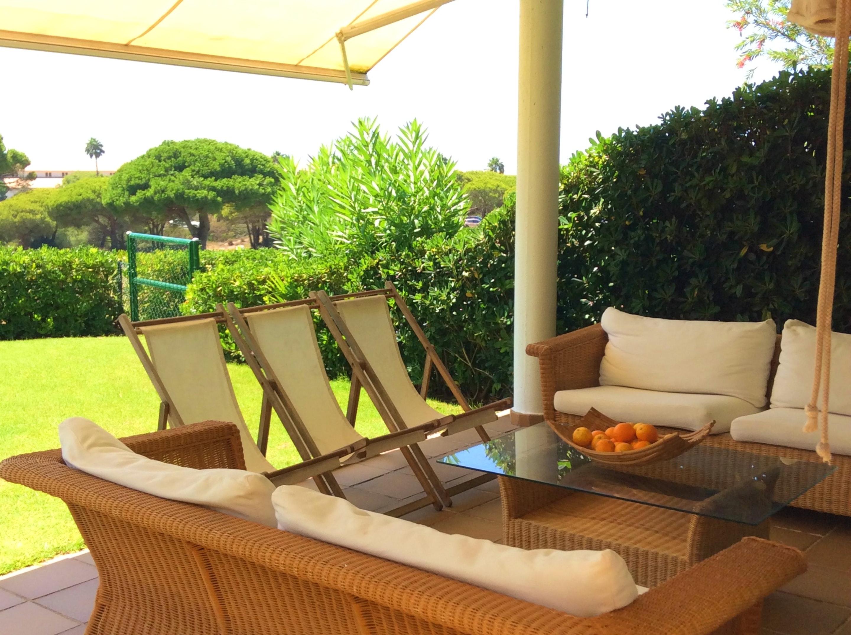 Haus mit 4 Schlafzimmern in Chiclana de la Frontera mit herrlichem Meerblick, Pool, eingezäuntem Garten - 200 m vom Strand entfernt